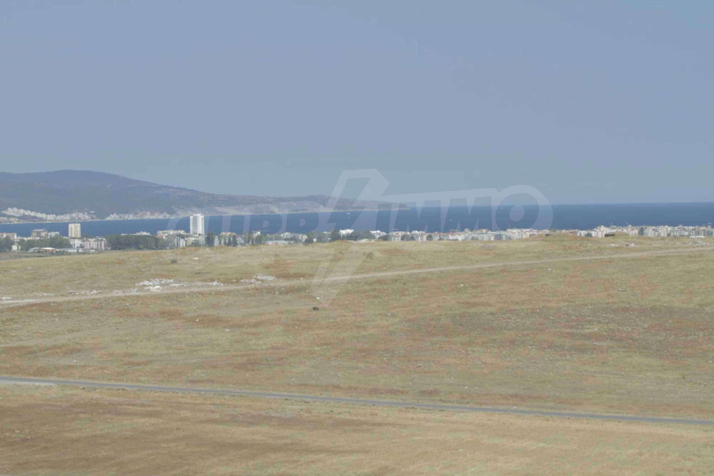 Investment land near the town of Aheloy, a few km from Sunny Beach, Bulgaria 17