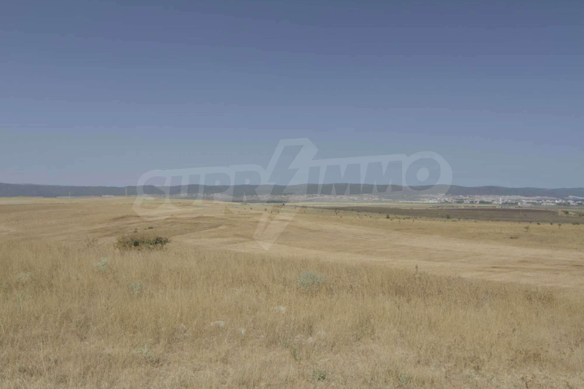 Investment land near the town of Aheloy, a few km from Sunny Beach, Bulgaria 18
