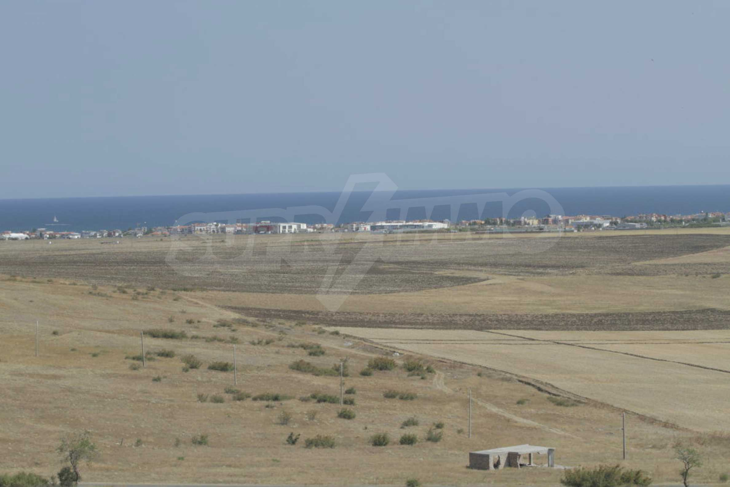 Investment land near the town of Aheloy, a few km from Sunny Beach, Bulgaria 24