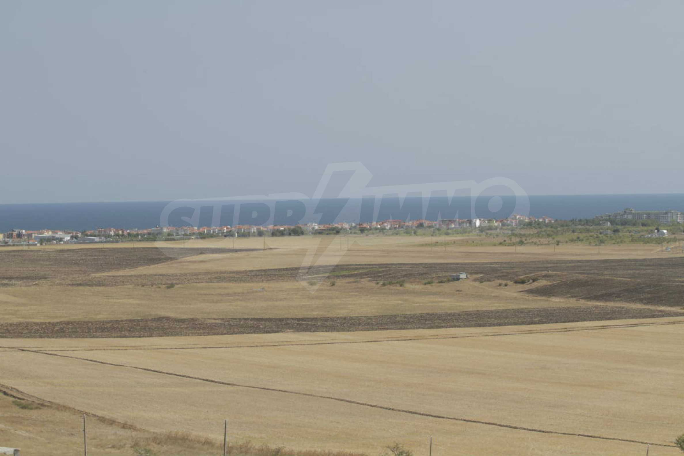 Investment land near the town of Aheloy, a few km from Sunny Beach, Bulgaria 25