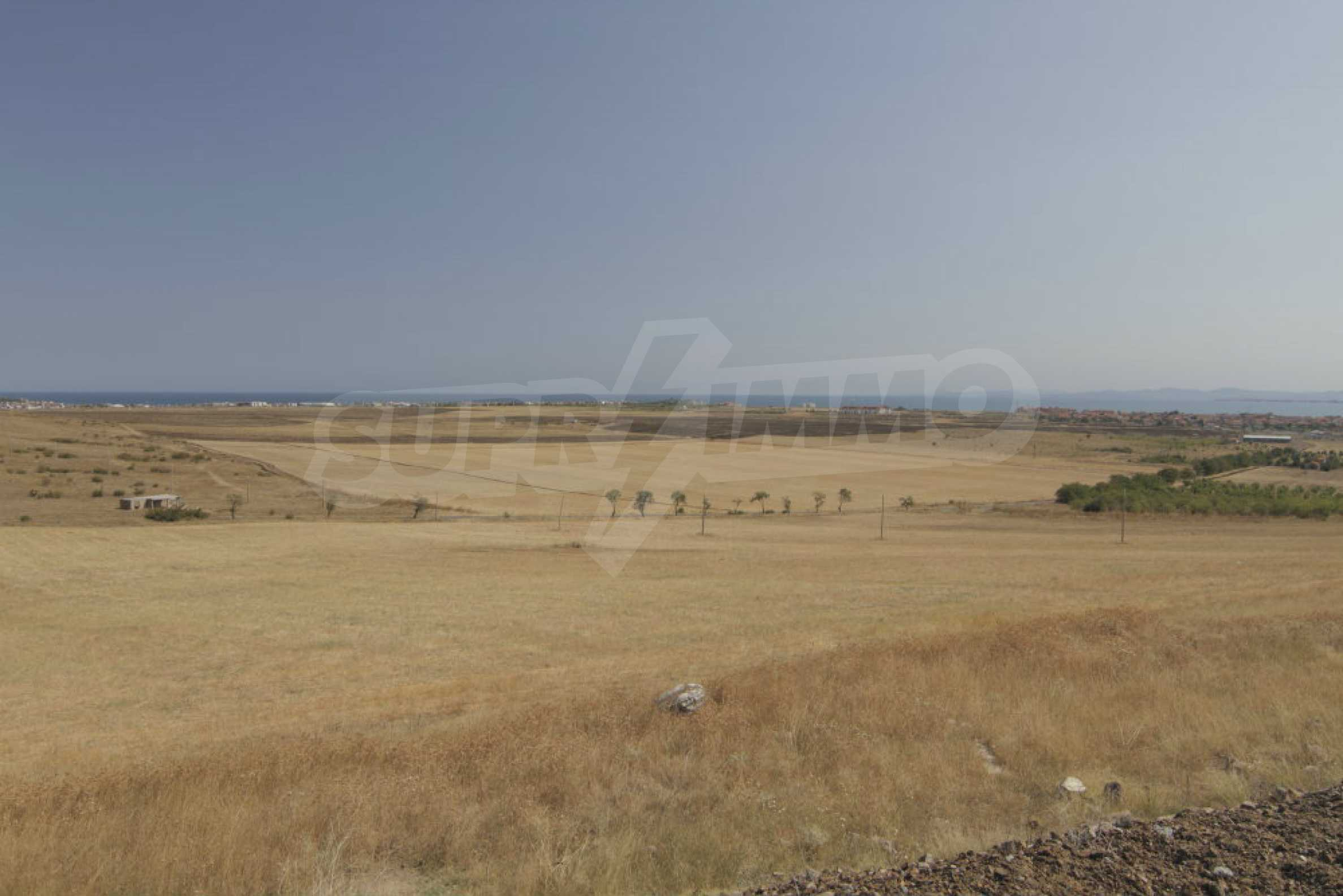 Investment land near the town of Aheloy, a few km from Sunny Beach, Bulgaria 2