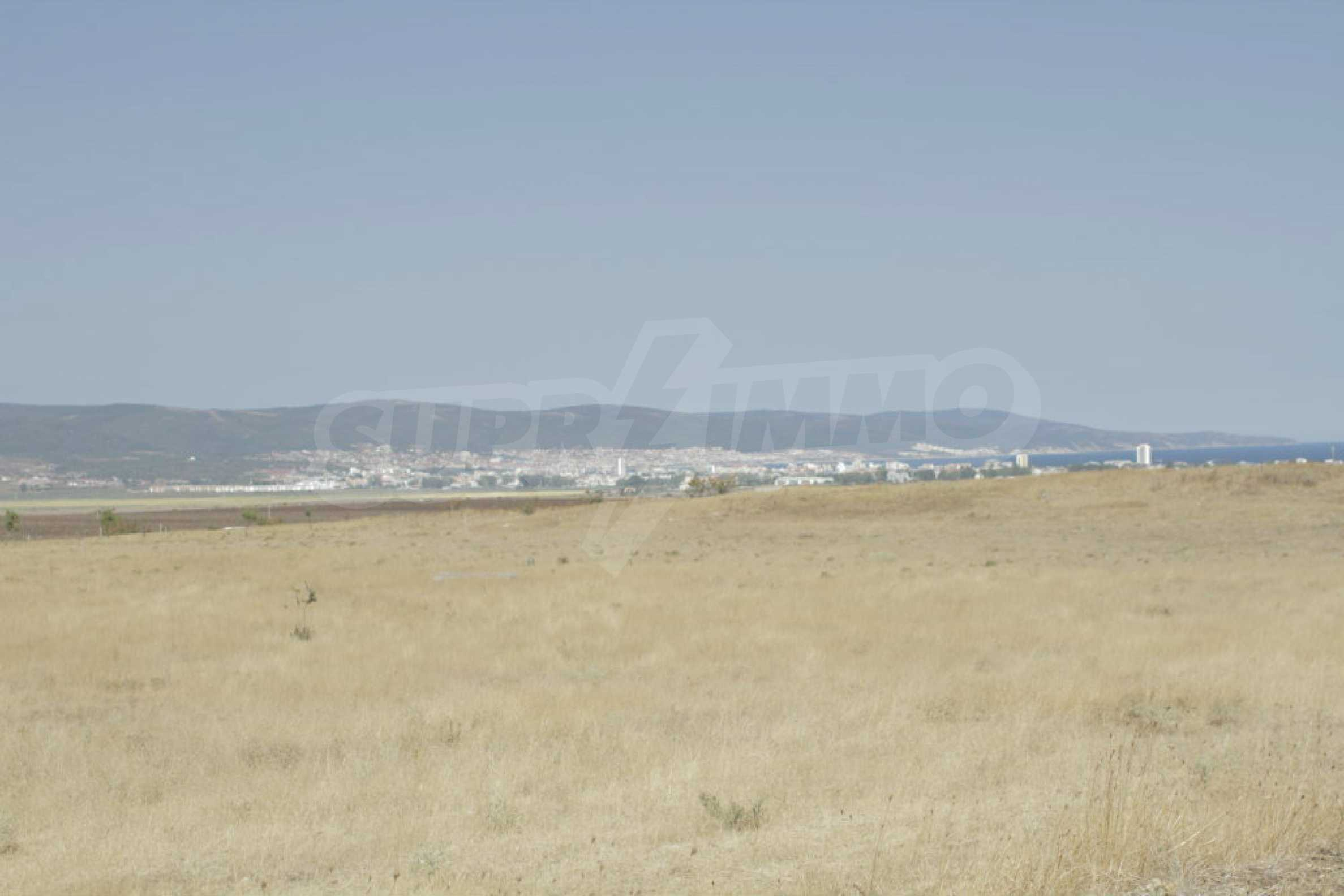 Investment land near the town of Aheloy, a few km from Sunny Beach, Bulgaria 37