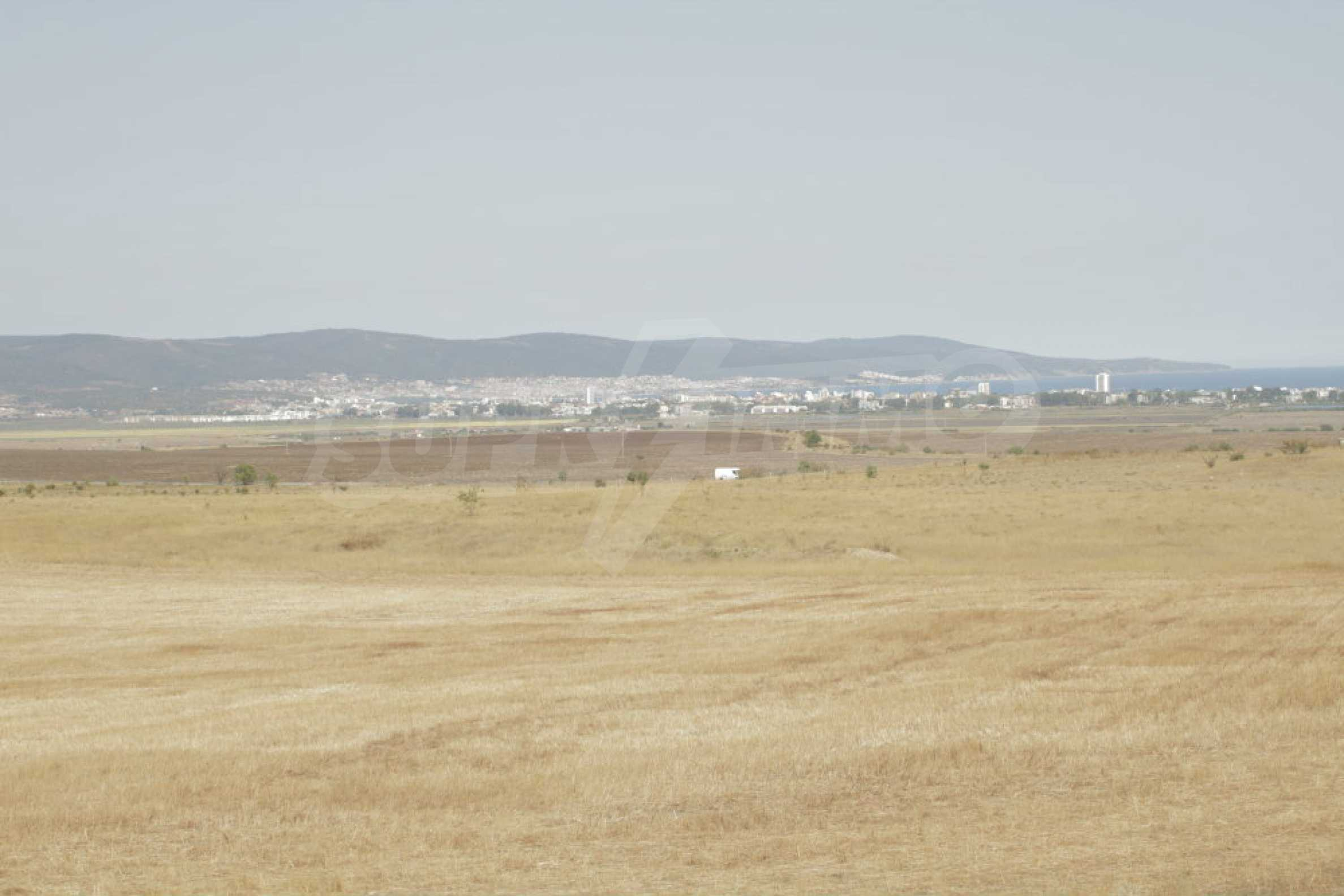 Investment land near the town of Aheloy, a few km from Sunny Beach, Bulgaria 38