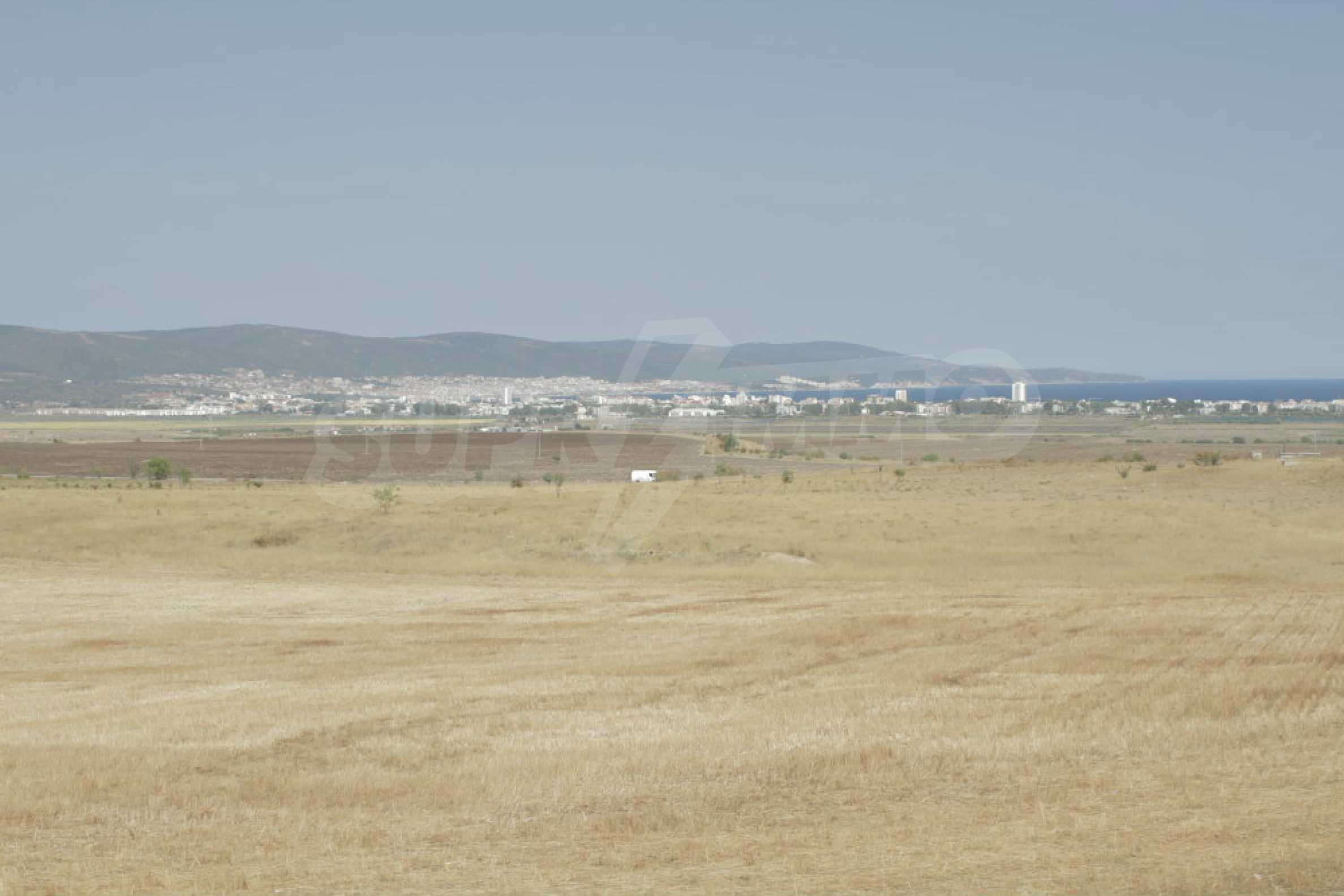 Investment land near the town of Aheloy, a few km from Sunny Beach, Bulgaria 39