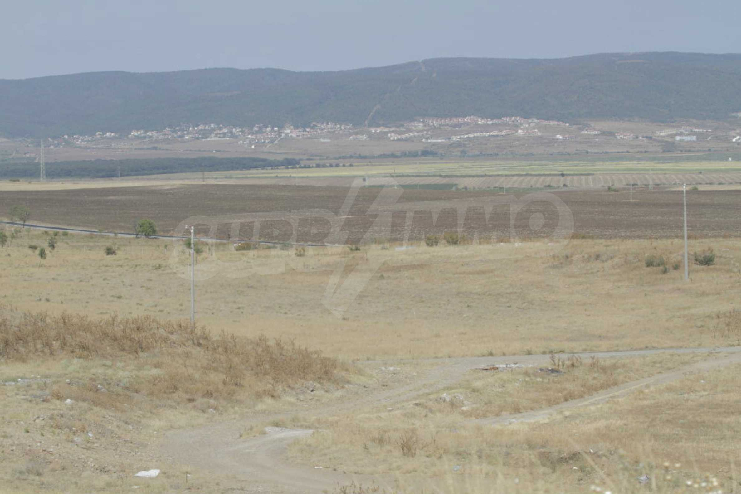 Investment land near the town of Aheloy, a few km from Sunny Beach, Bulgaria 43
