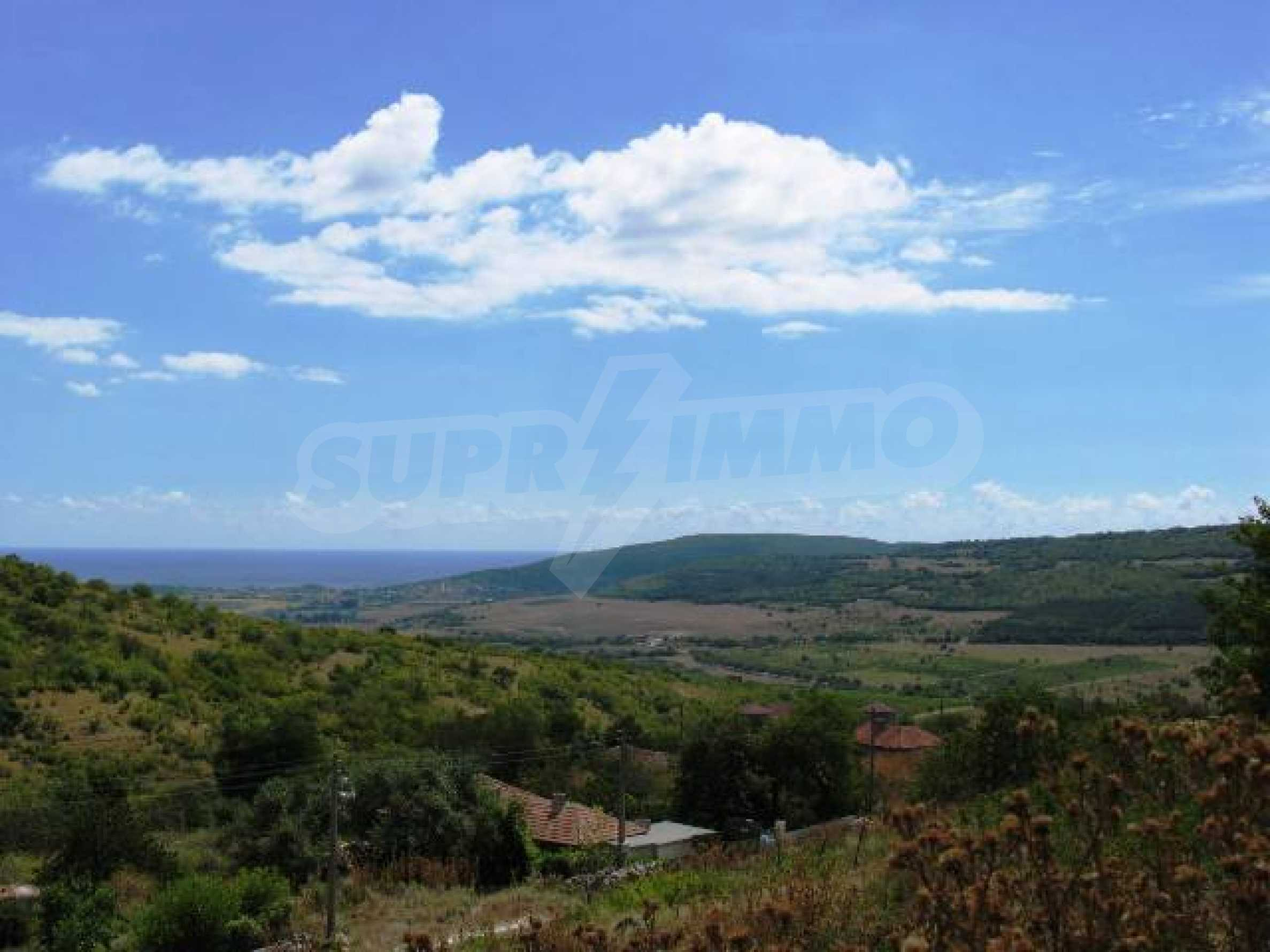 Excellent offer: plot of regulated land at a reasonable price and amazing sea view 8
