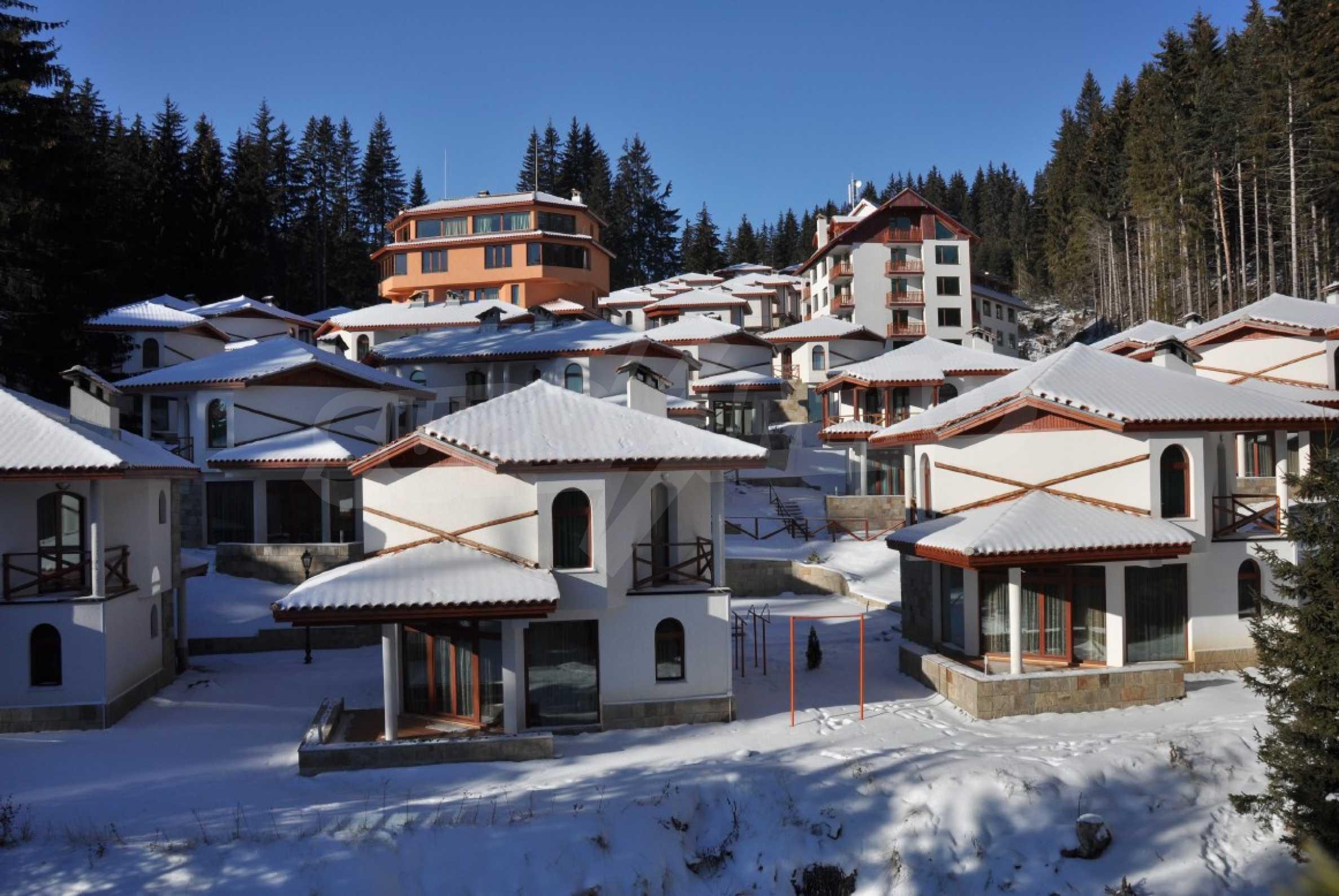 Апартаменти на атрактивни цени в планински ваканционен комплекс в Пампорово 26