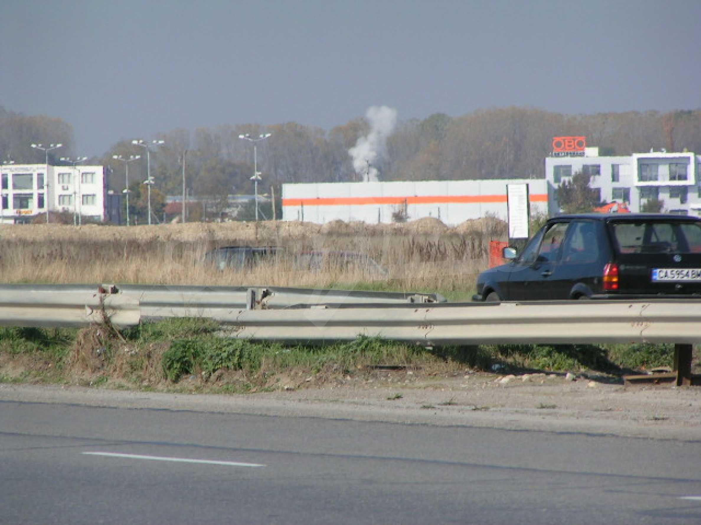 Land on Chelopeshko shose, Sofia
