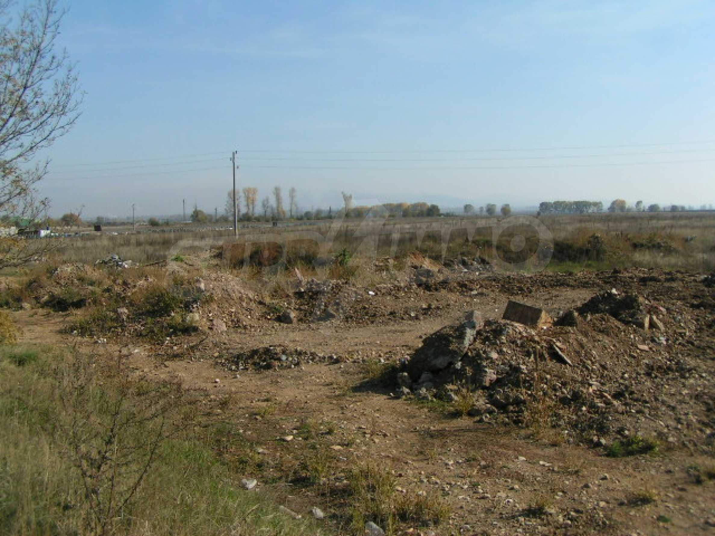 Land on Chelopeshko shose, Sofia 3