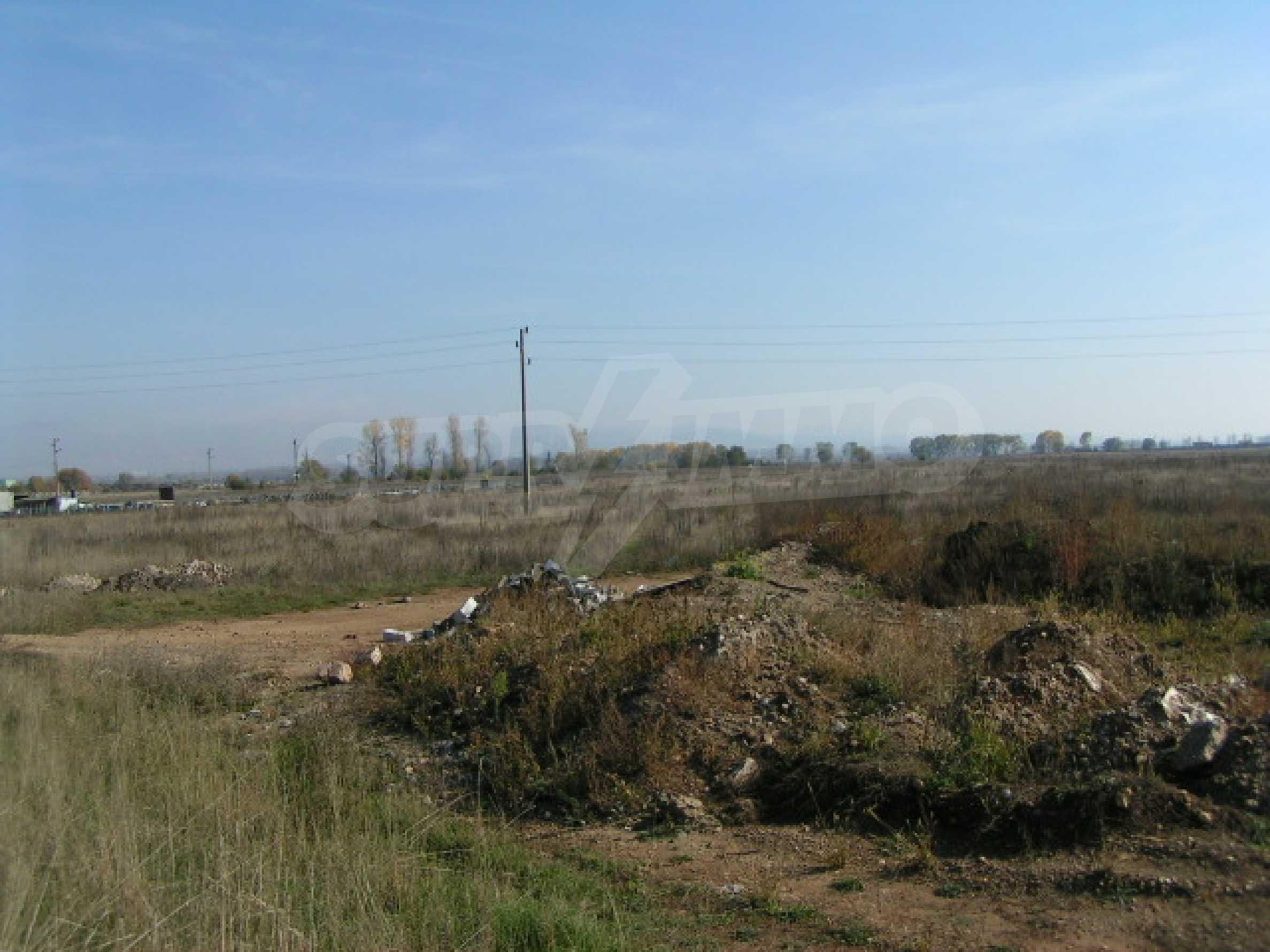 Land on Chelopeshko shose, Sofia 4