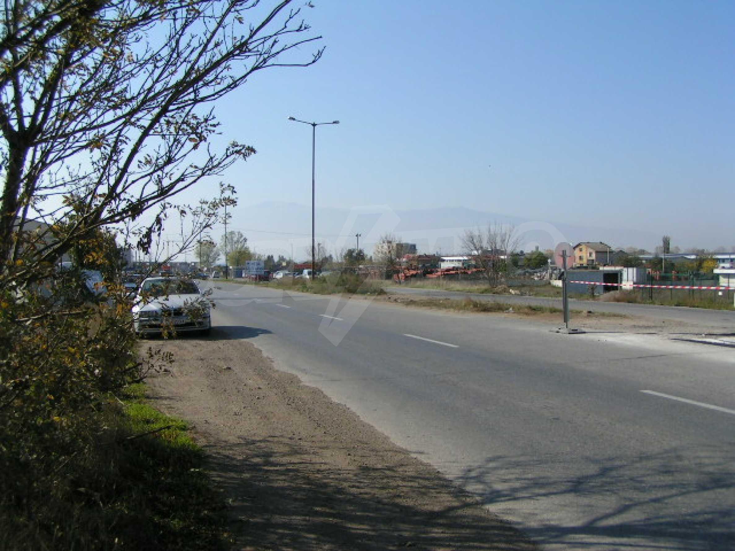 Land on Chelopeshko shose, Sofia 6