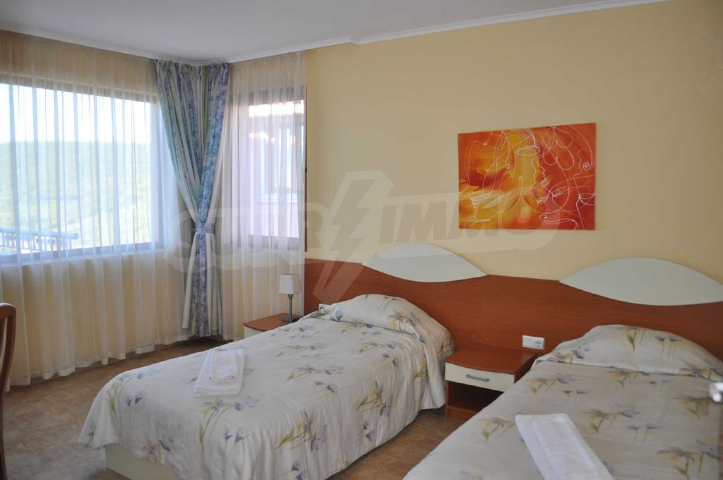 Вилла с 6 спальнями на курорте Албена 15