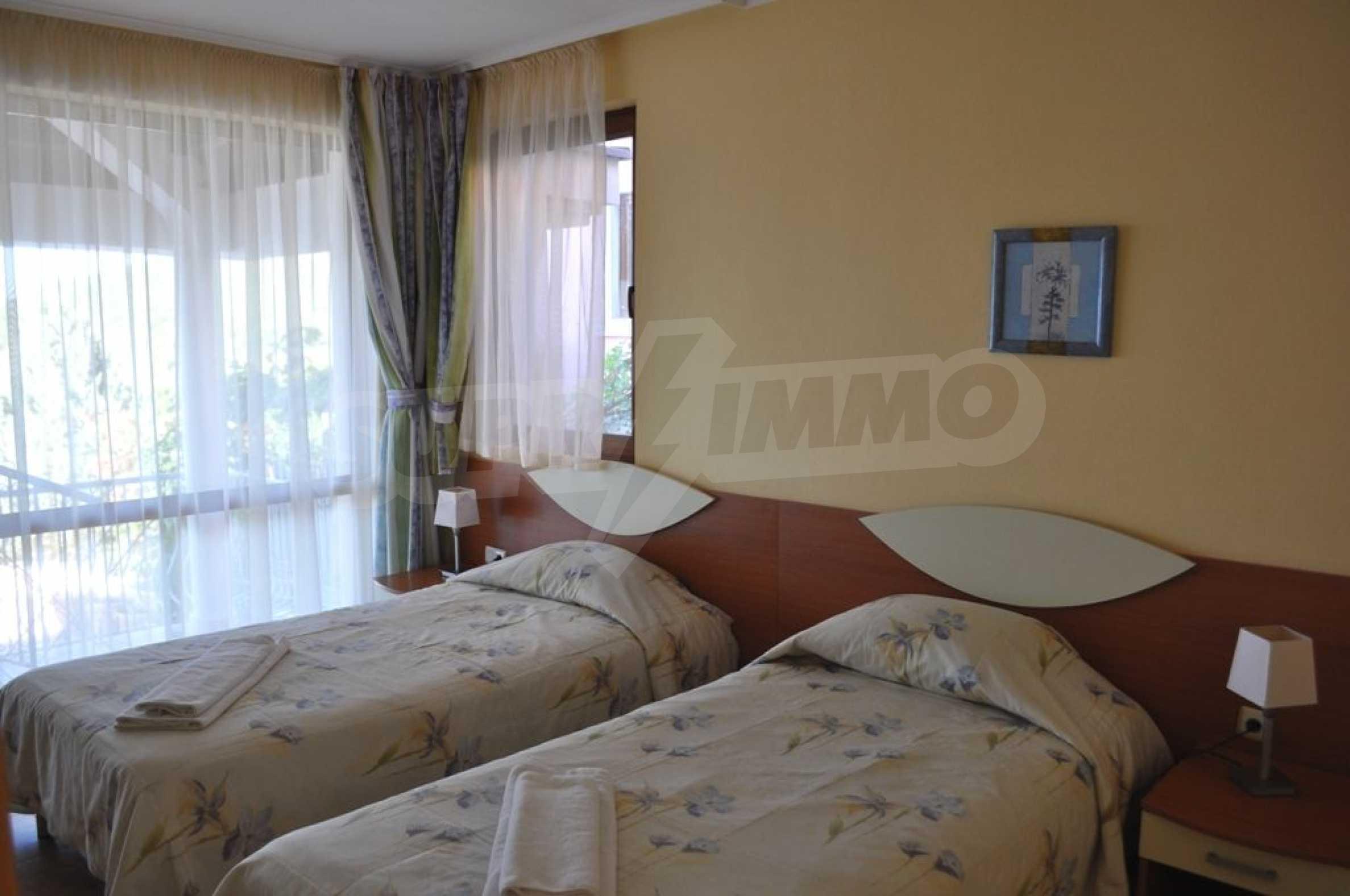 Вилла с 6 спальнями на курорте Албена 16