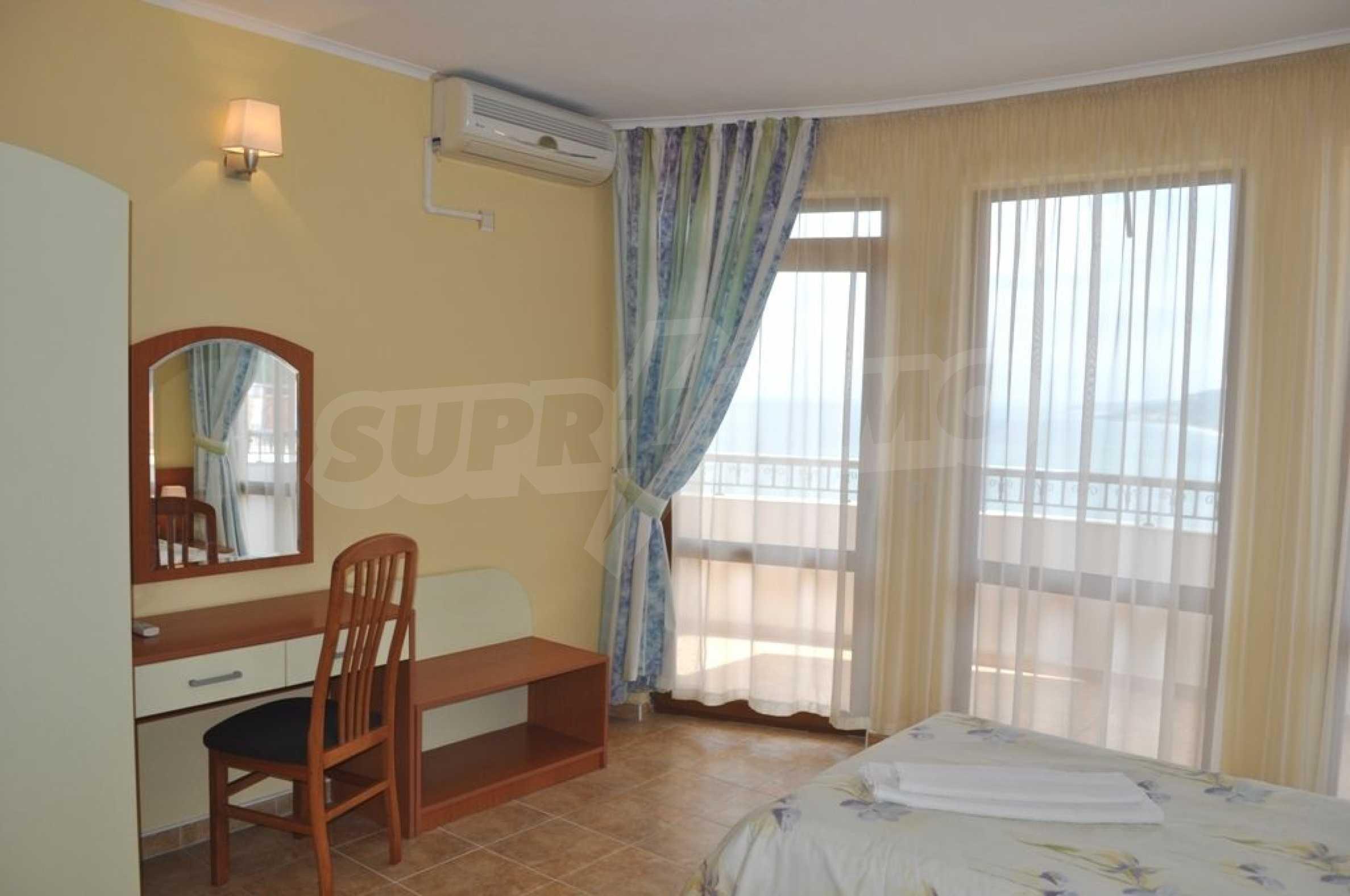 Вилла с 6 спальнями на курорте Албена 18