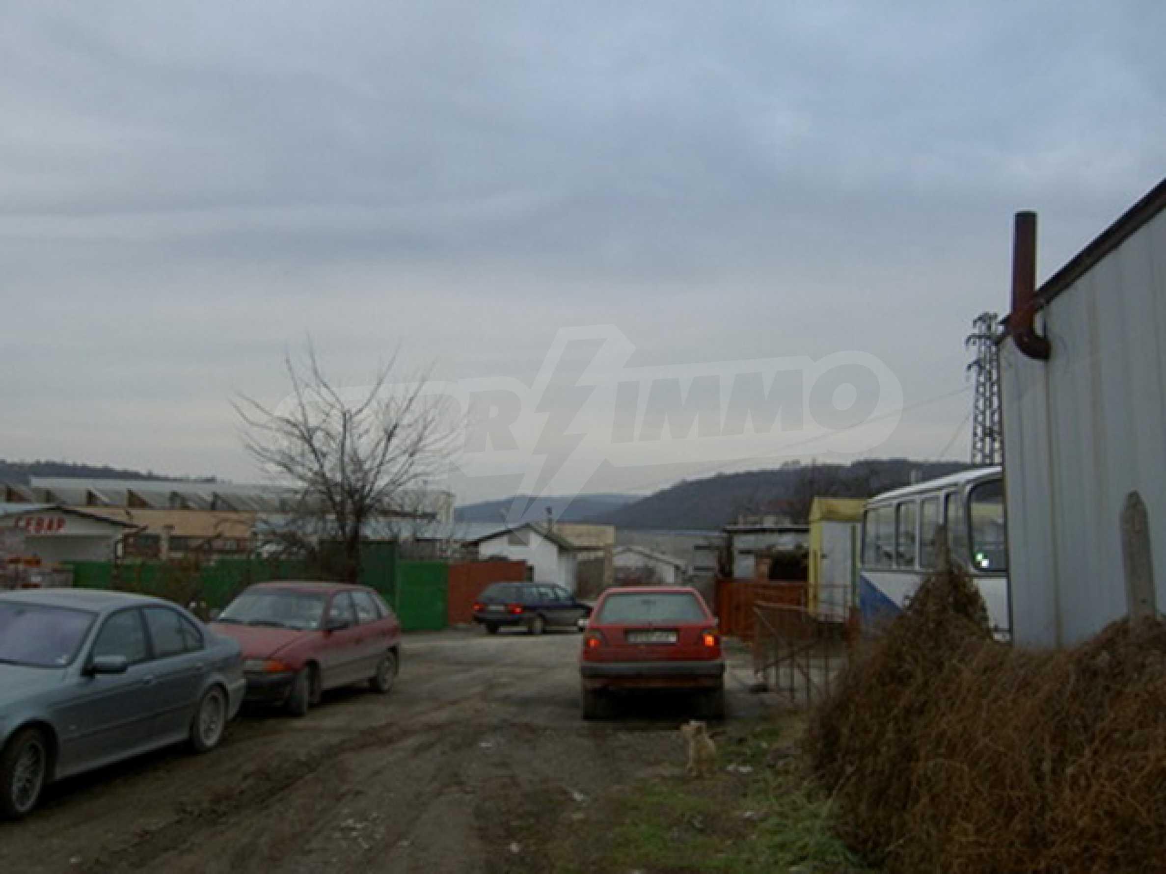 Земельный участок в г. Велико Тырново 1