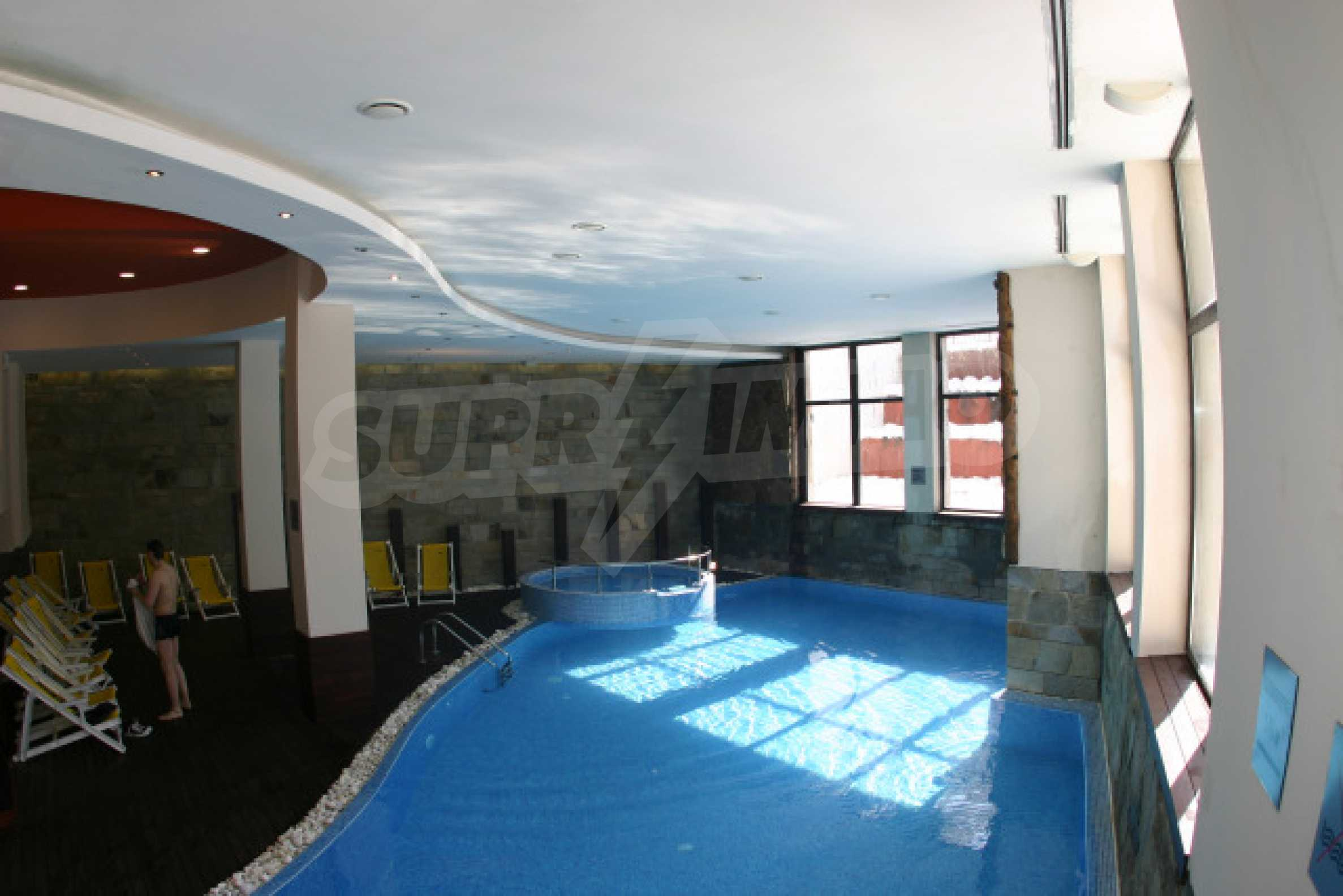 Двустаен апартамент в Банско Роял Тауърс 9