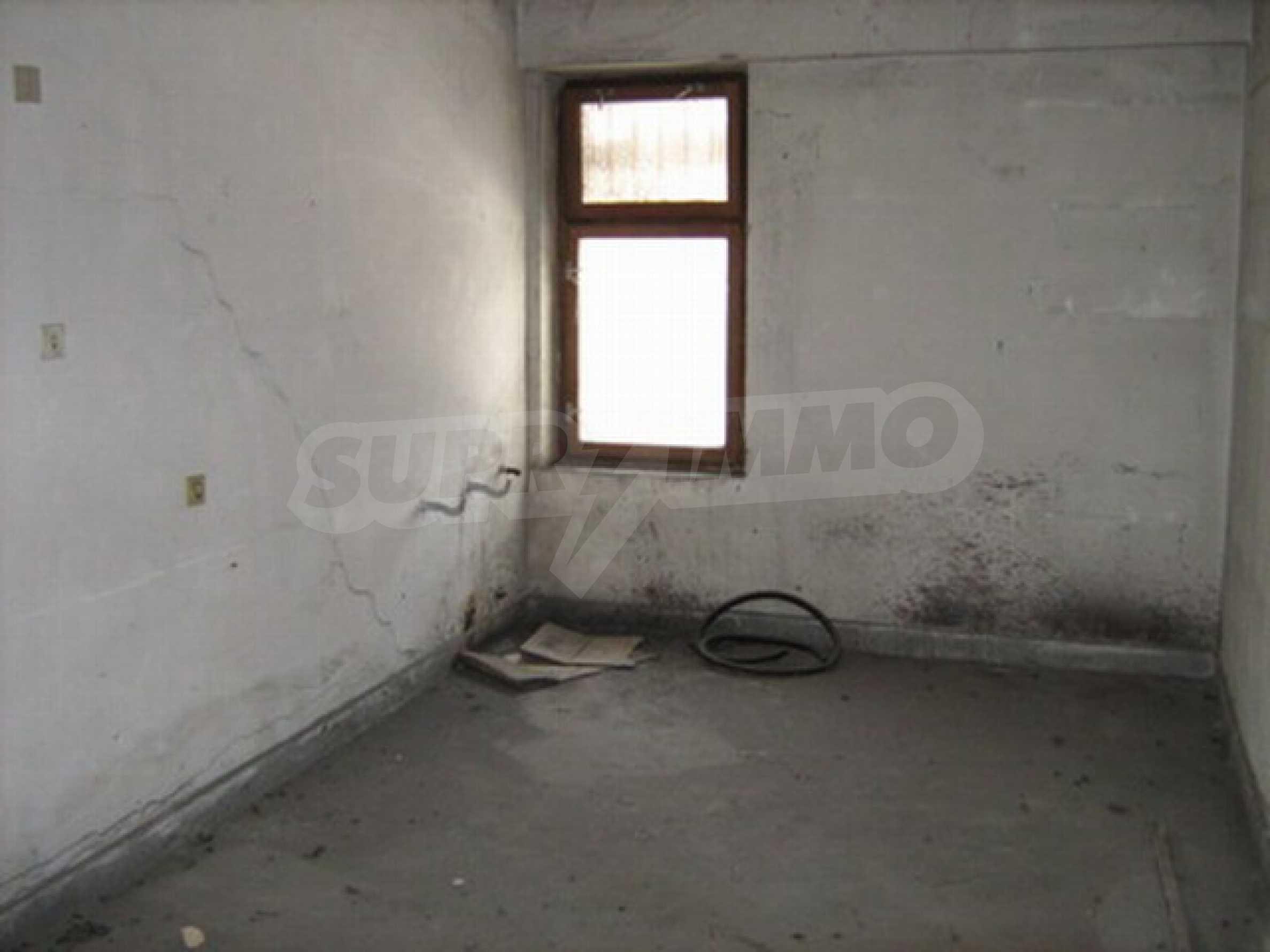 Офис в г. Велико Тырново 13