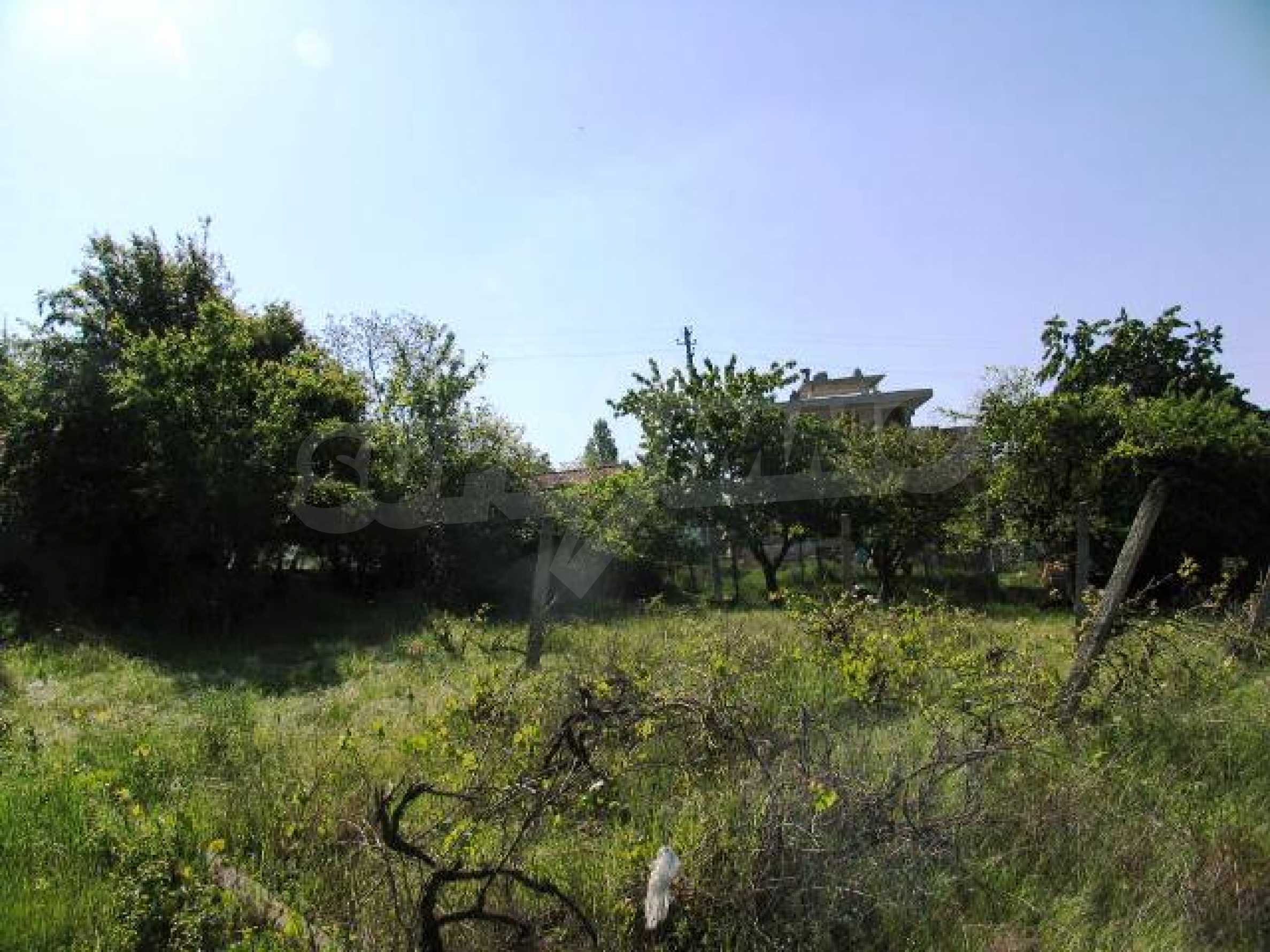 Well-sized house with plot of land close to Varna and the sea  17