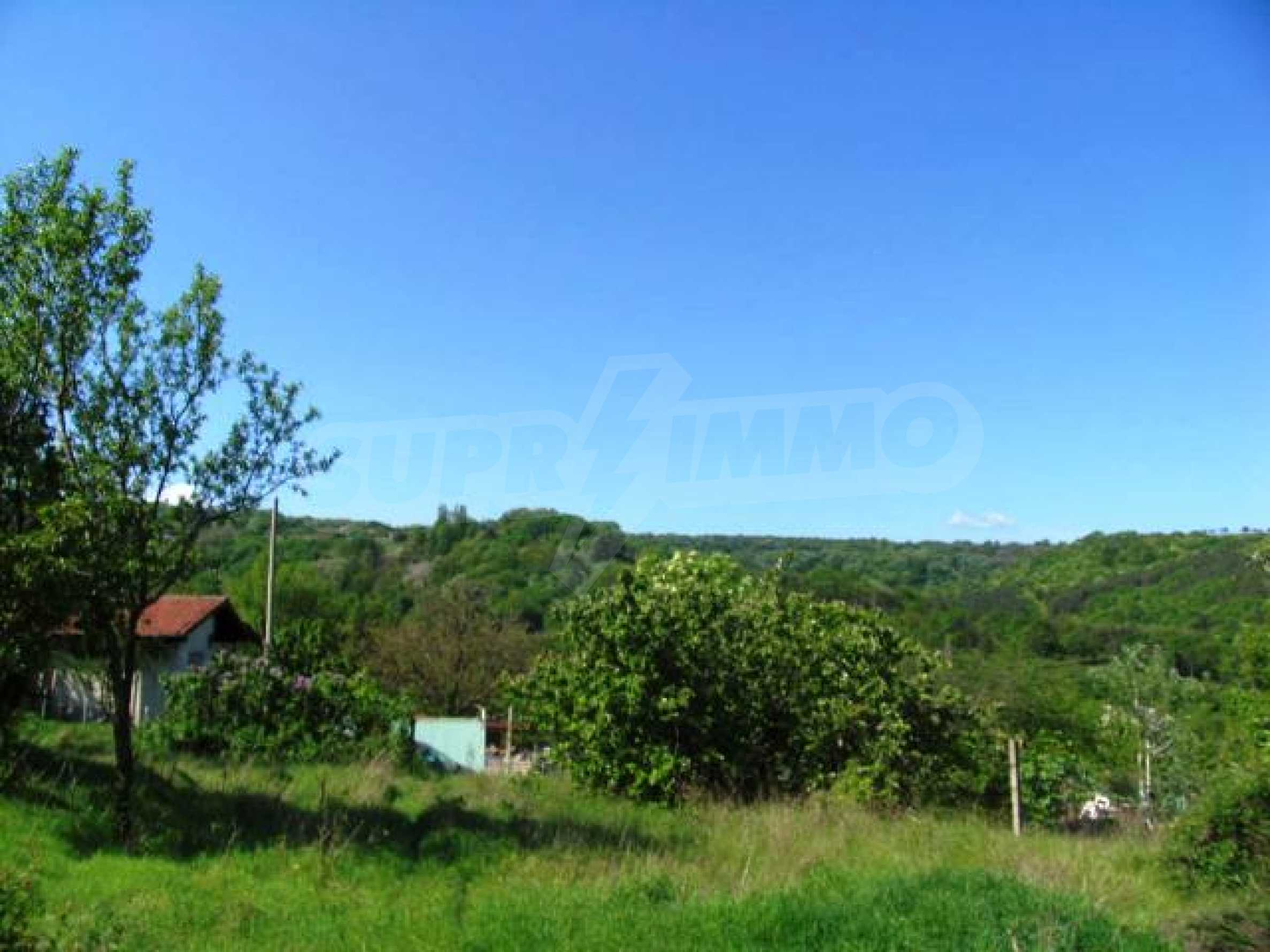 Well-sized house with plot of land close to Varna and the sea  27
