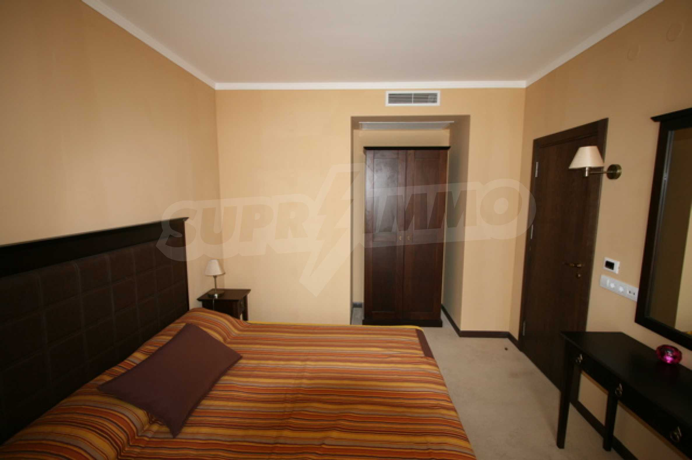 Fully furnished two-bedroom apartment in Royal Beach Barcelo 8