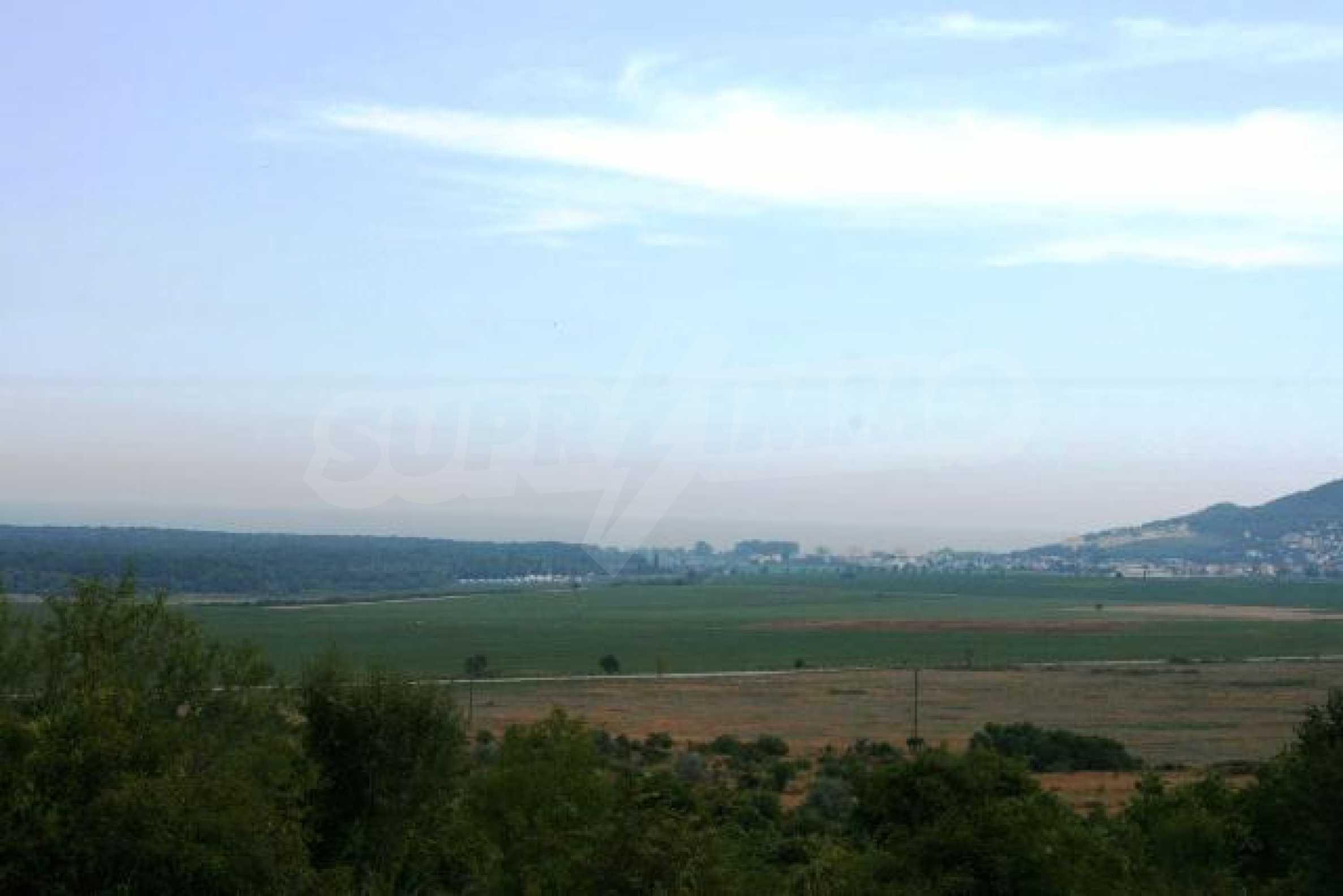 Land in Rogachevo village-5 min. from the sea