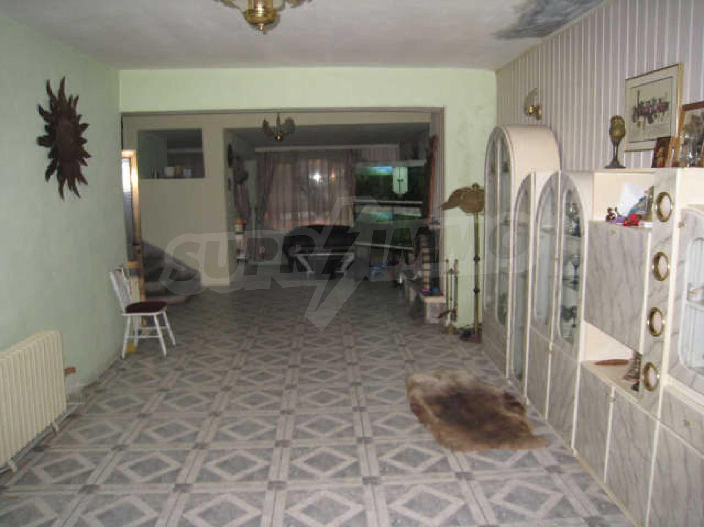 Продажа дома вблизи г. Монтана 10