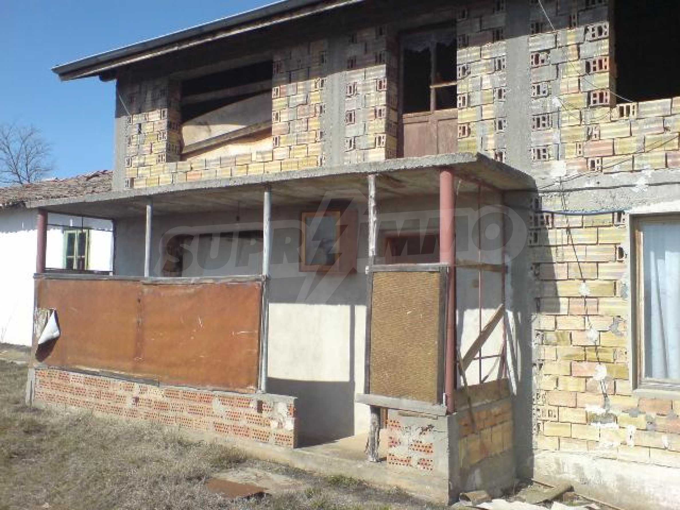 Newly-constructed house in Koprivets village, Ruse district 3