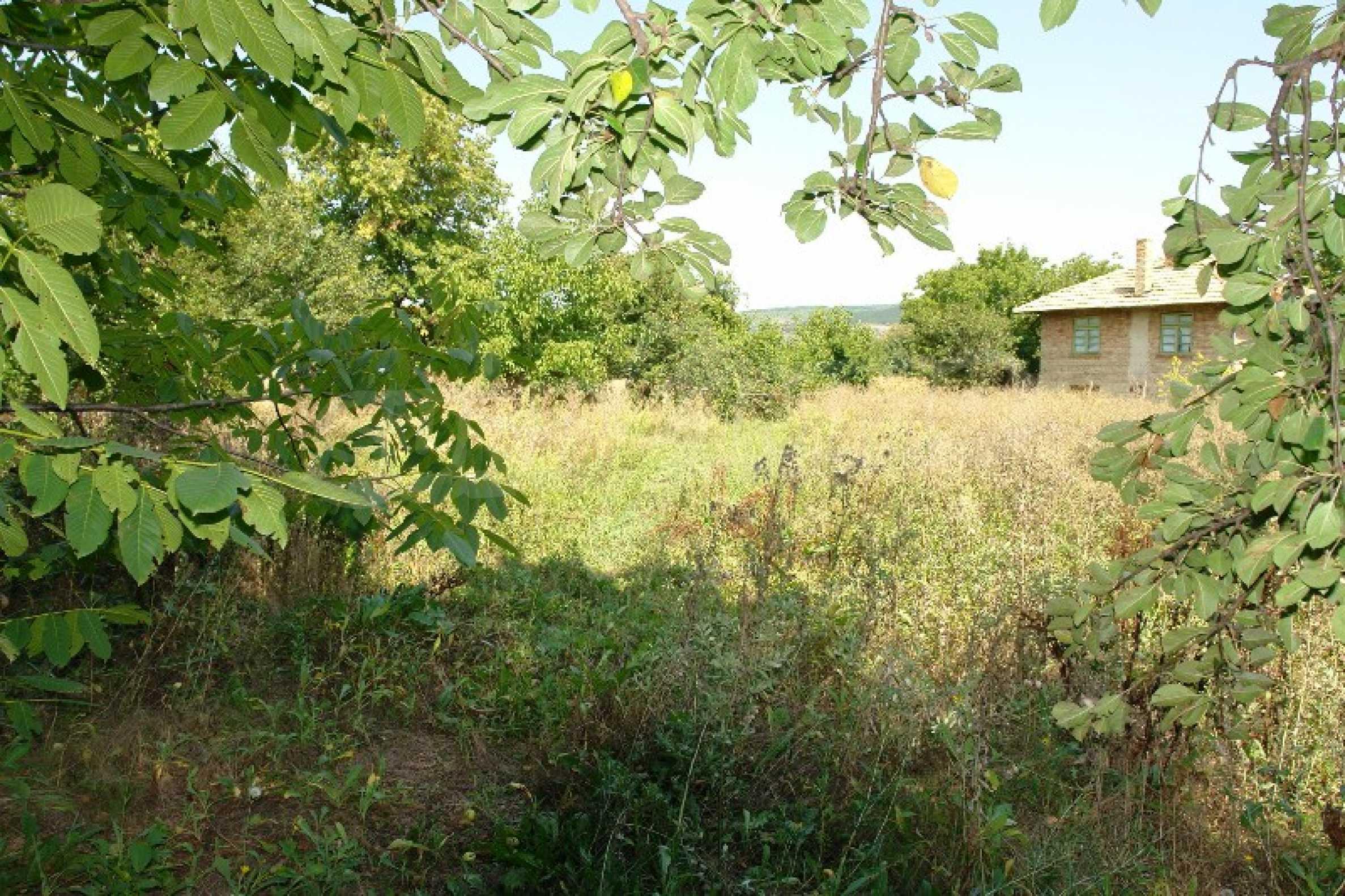 Едноетажна къща с две спални в село Садина, Русенско 16