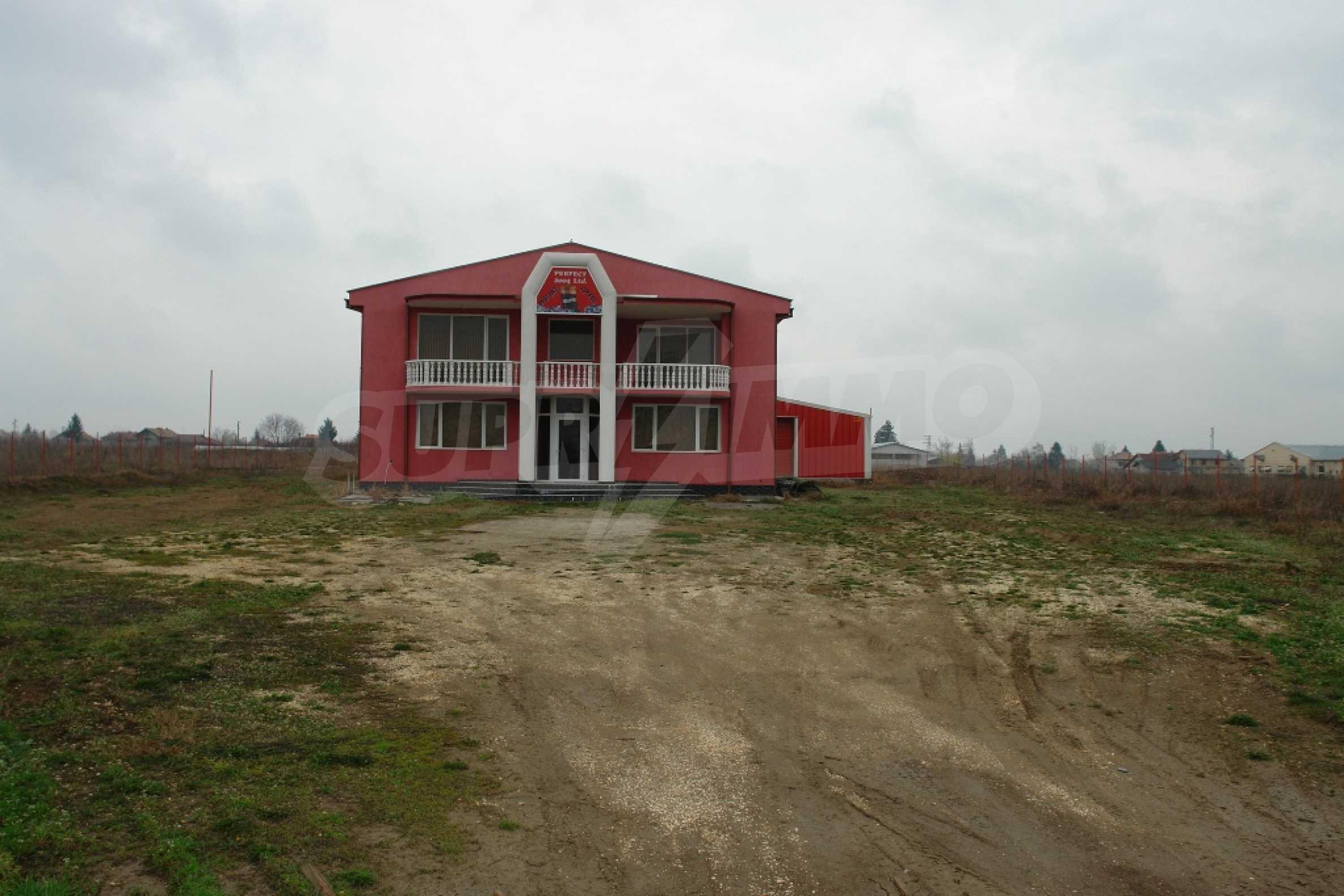 Индустриално-пакетажна база в град Мартен, Русенска област 26