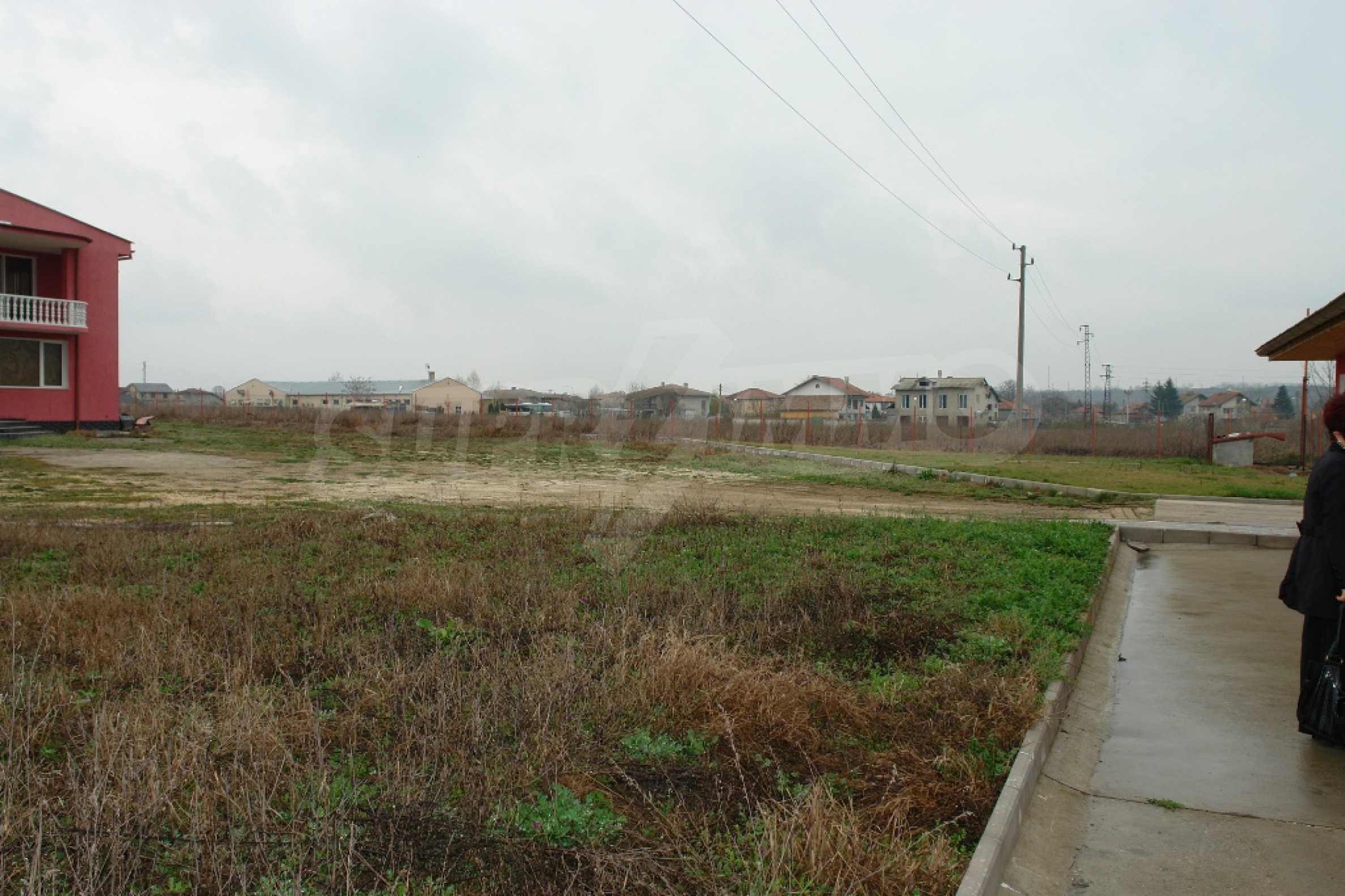 Индустриално-пакетажна база в град Мартен, Русенска област 30