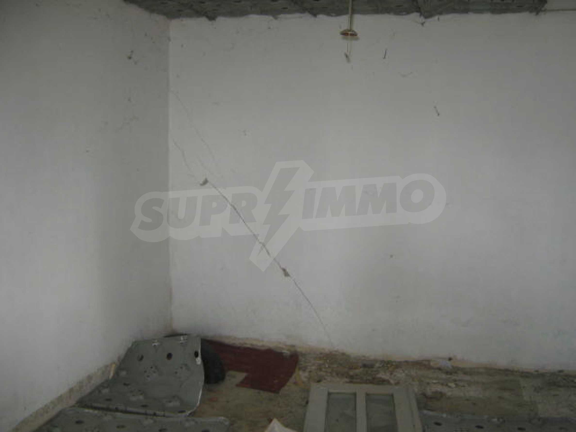 Solid house with spacious yard 13 km from Vidin 2