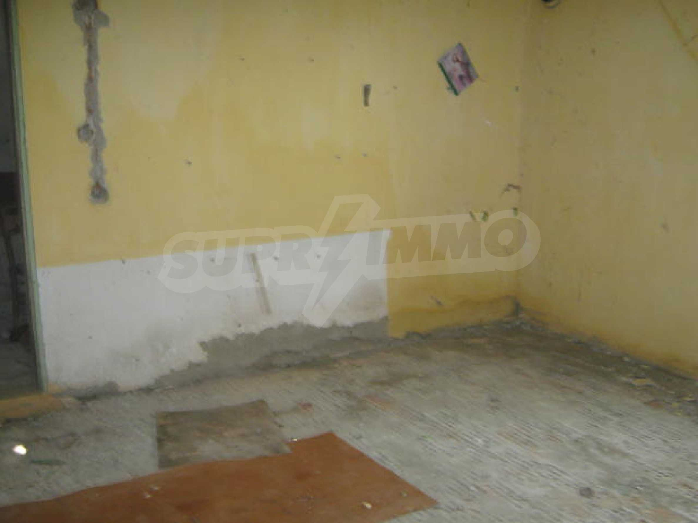 Solid house with spacious yard 13 km from Vidin 5