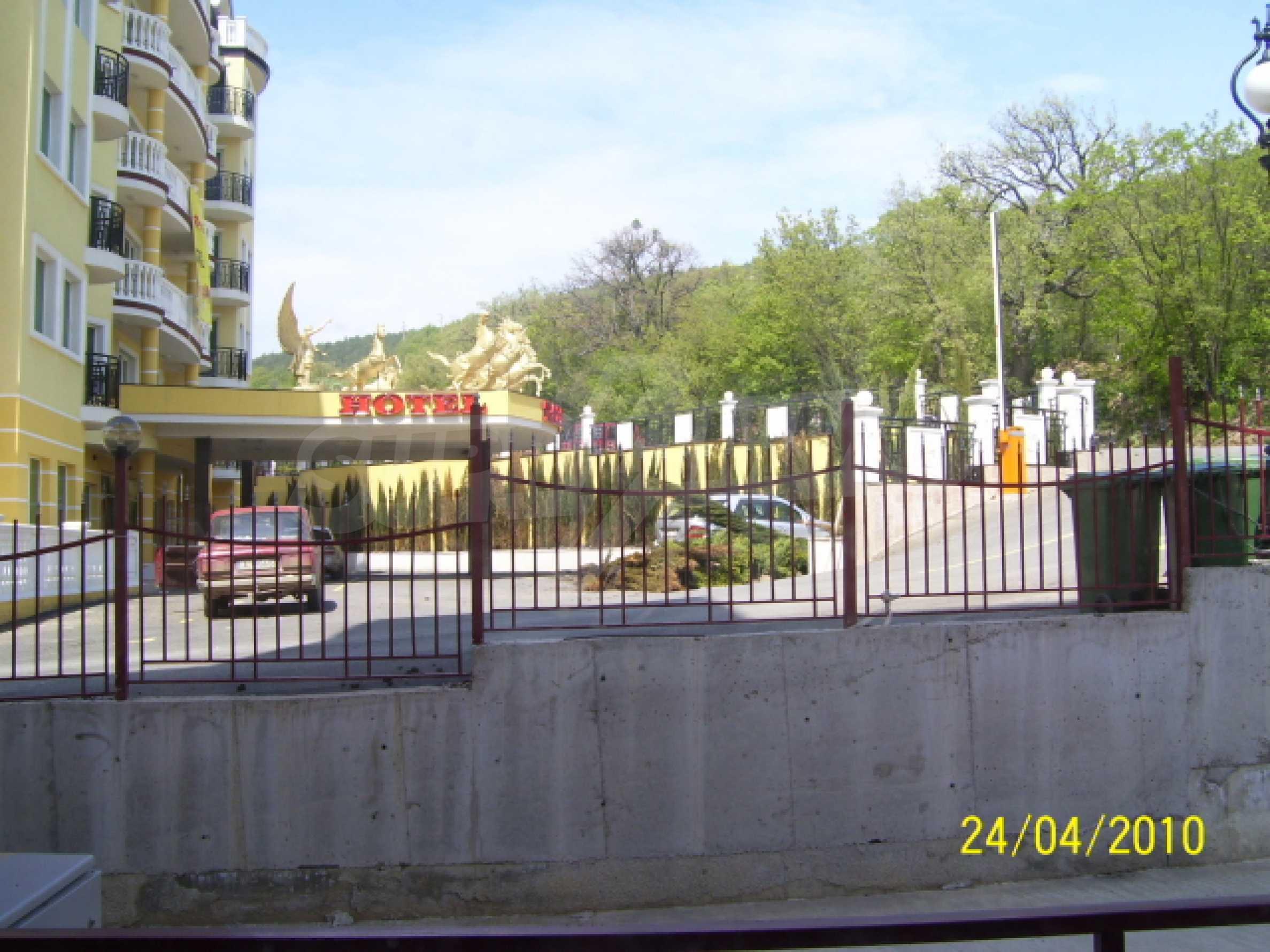 Продажа студии вблизи курорта Елените 20