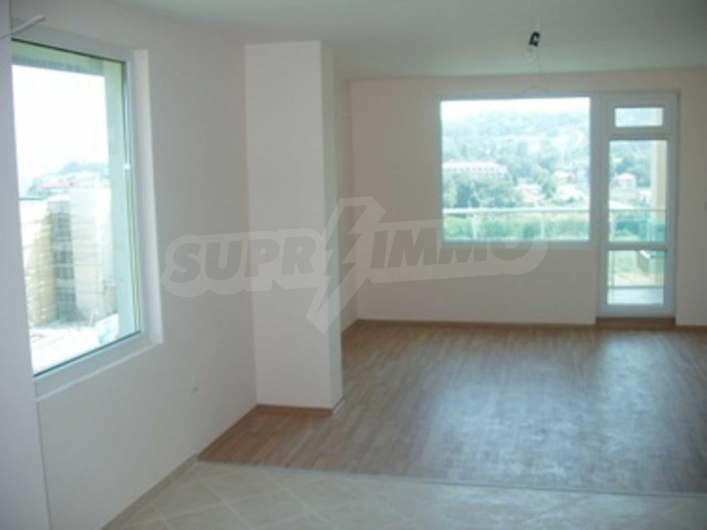 SEA VIEW 2-bedroom apartment in Byala 3