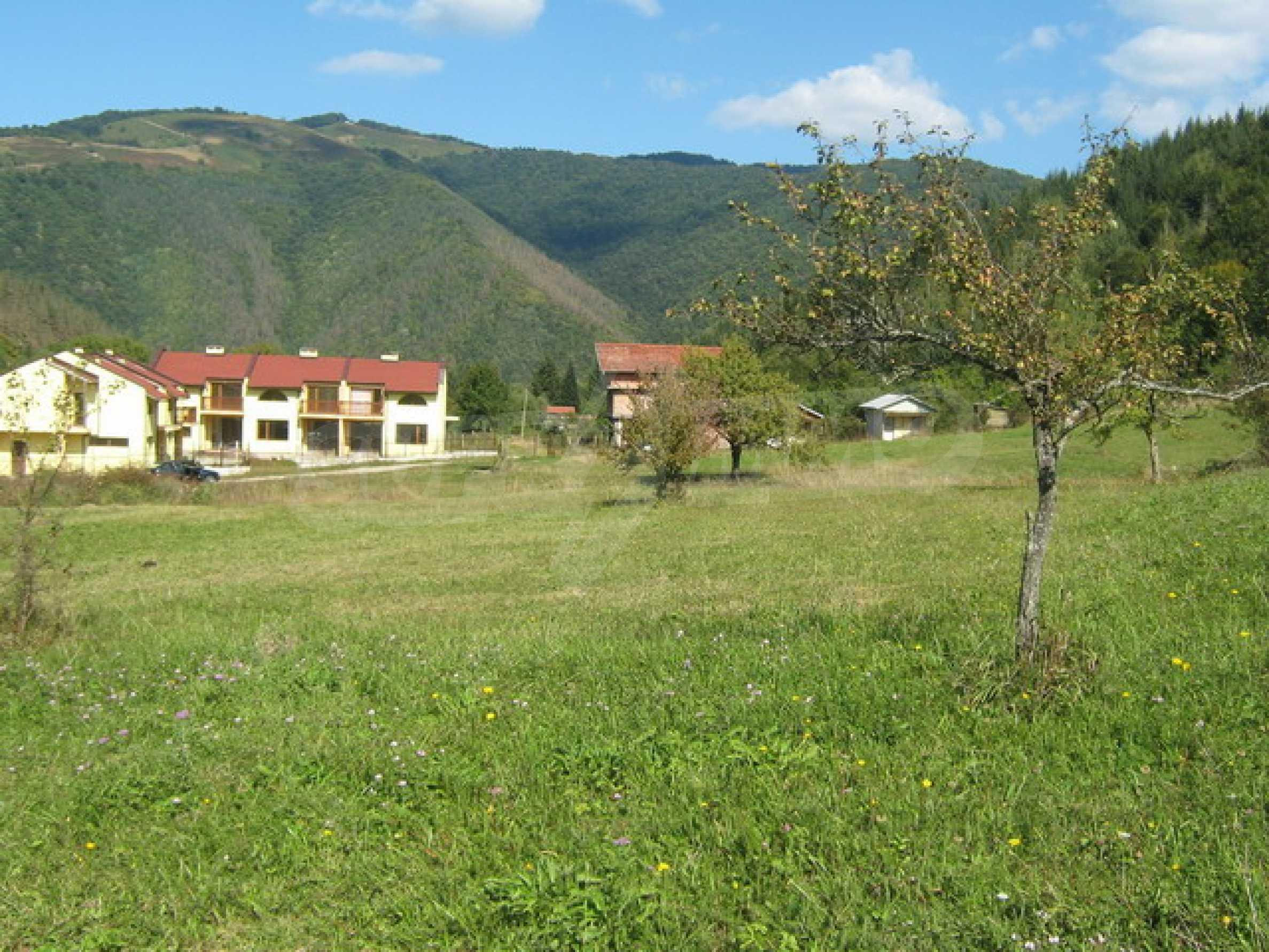 Large plot of land in Ribaritsa 3