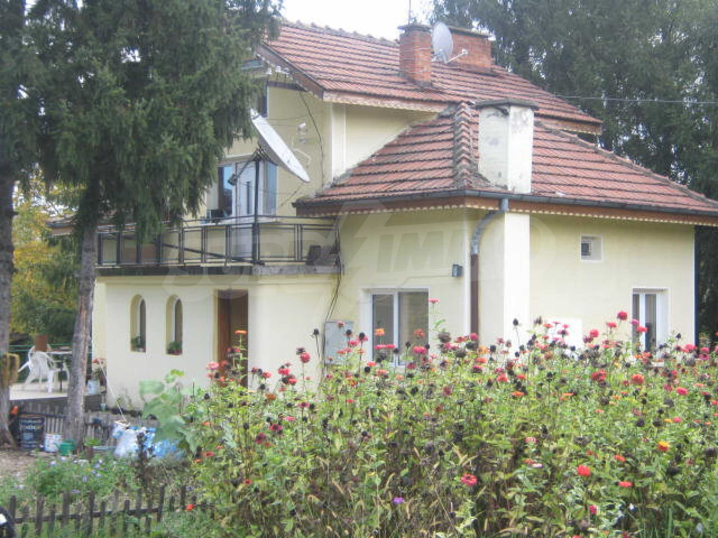 Fabulous villa near river 2