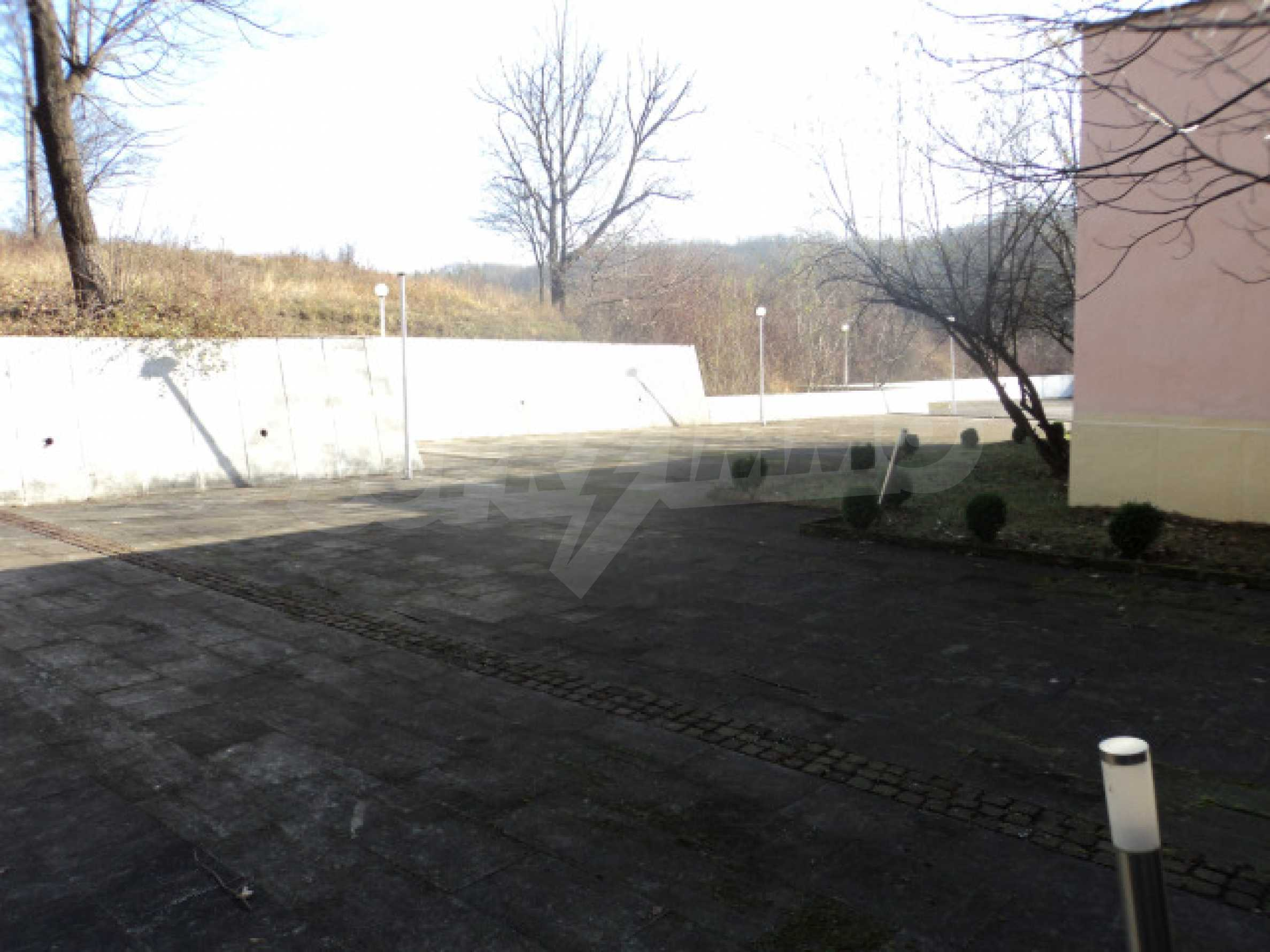 Резиденция у подножия гор  51