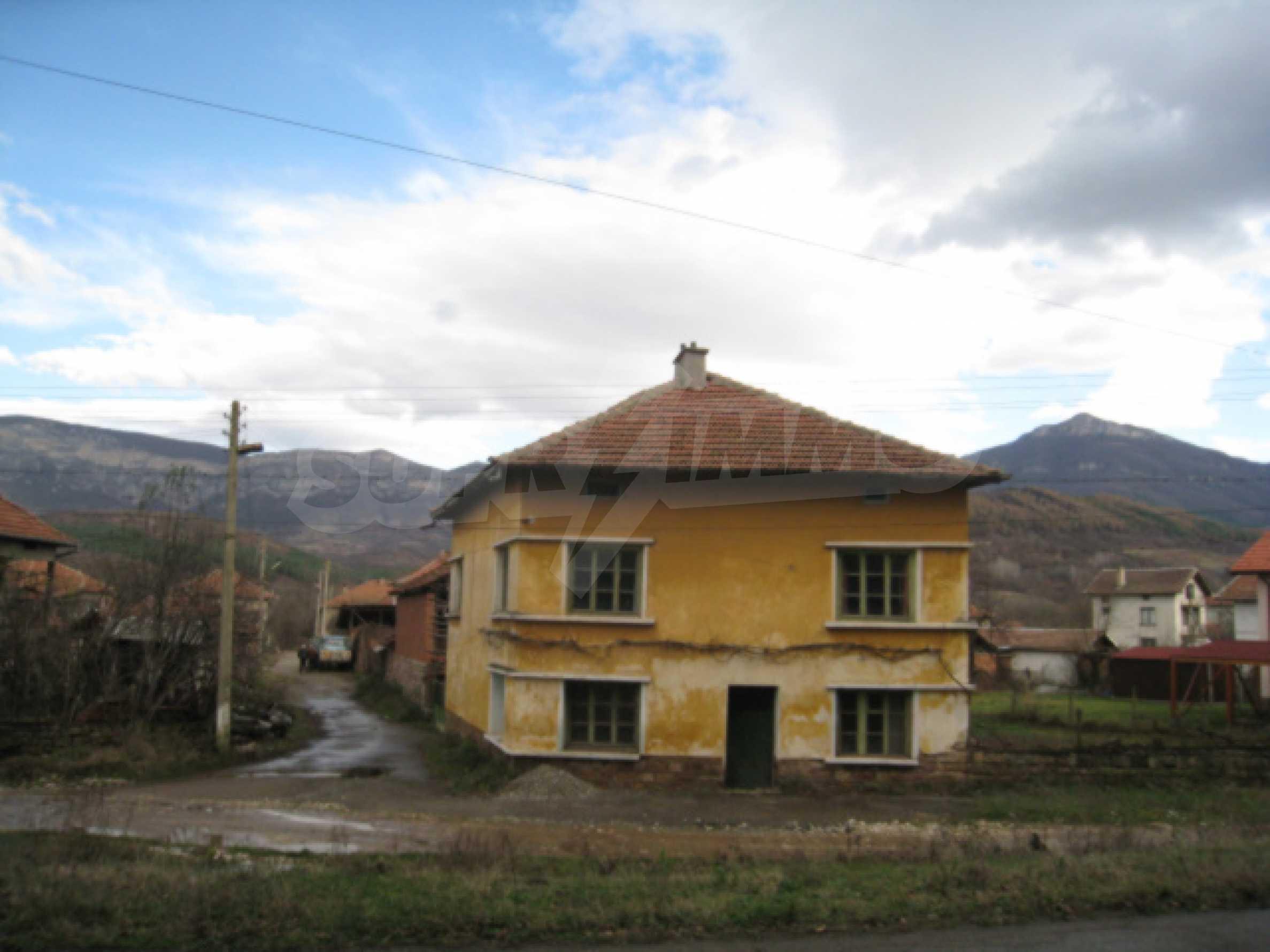 Дом возле Выршец 2