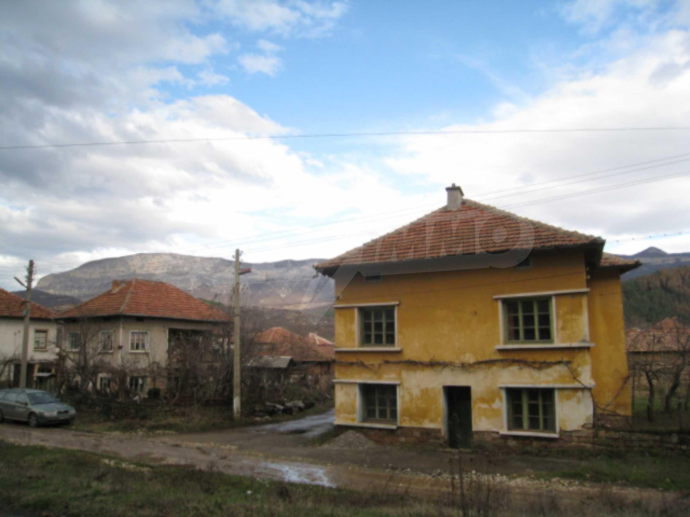 Дом возле Выршец 3