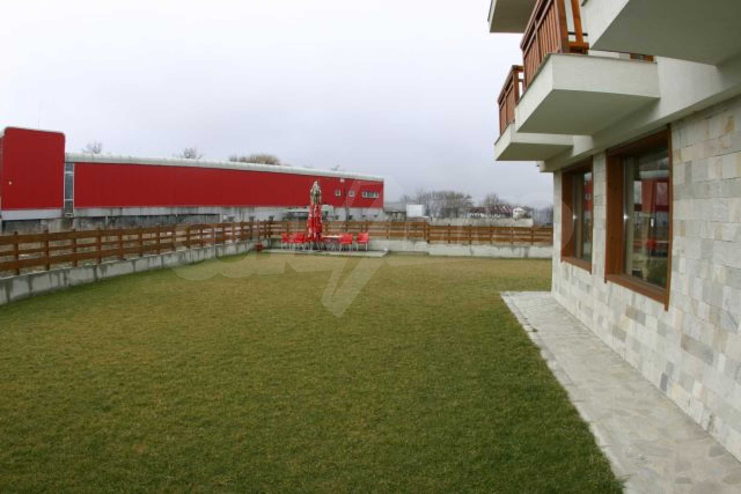 Fully furnished and equipped hotel in an excellent condition in Bansko 1