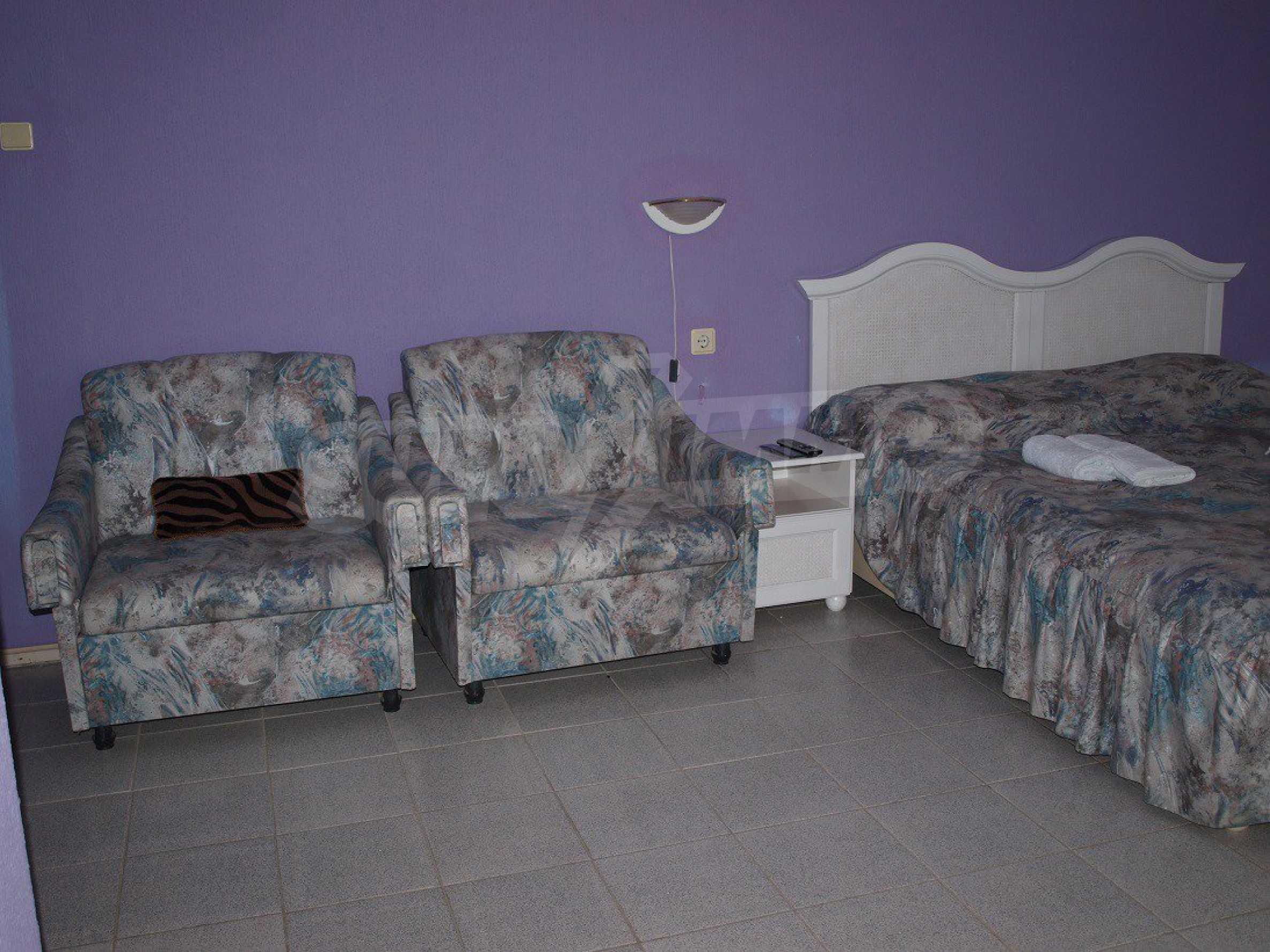 Хотел Елена 35