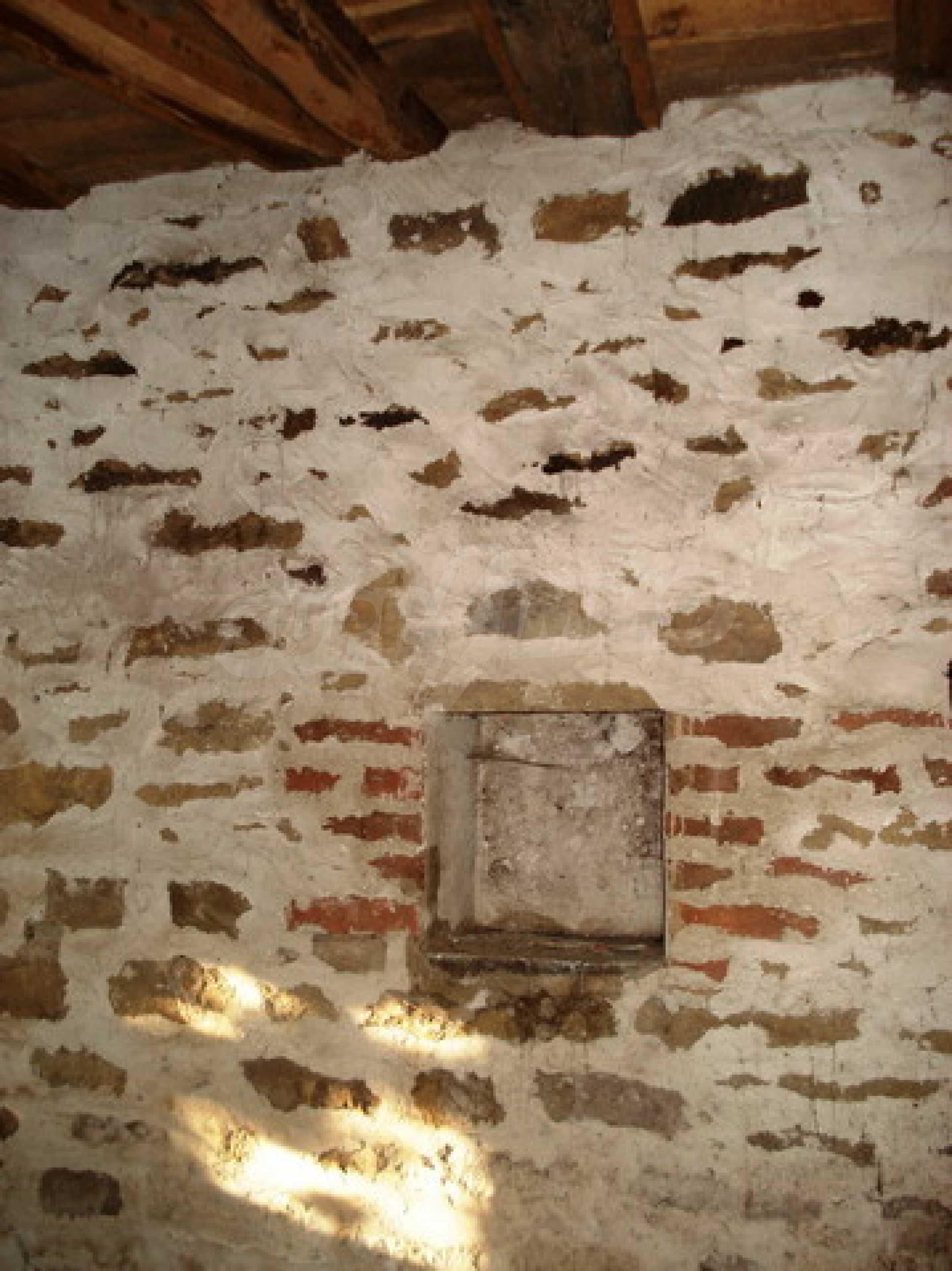 Brick-built village house 6