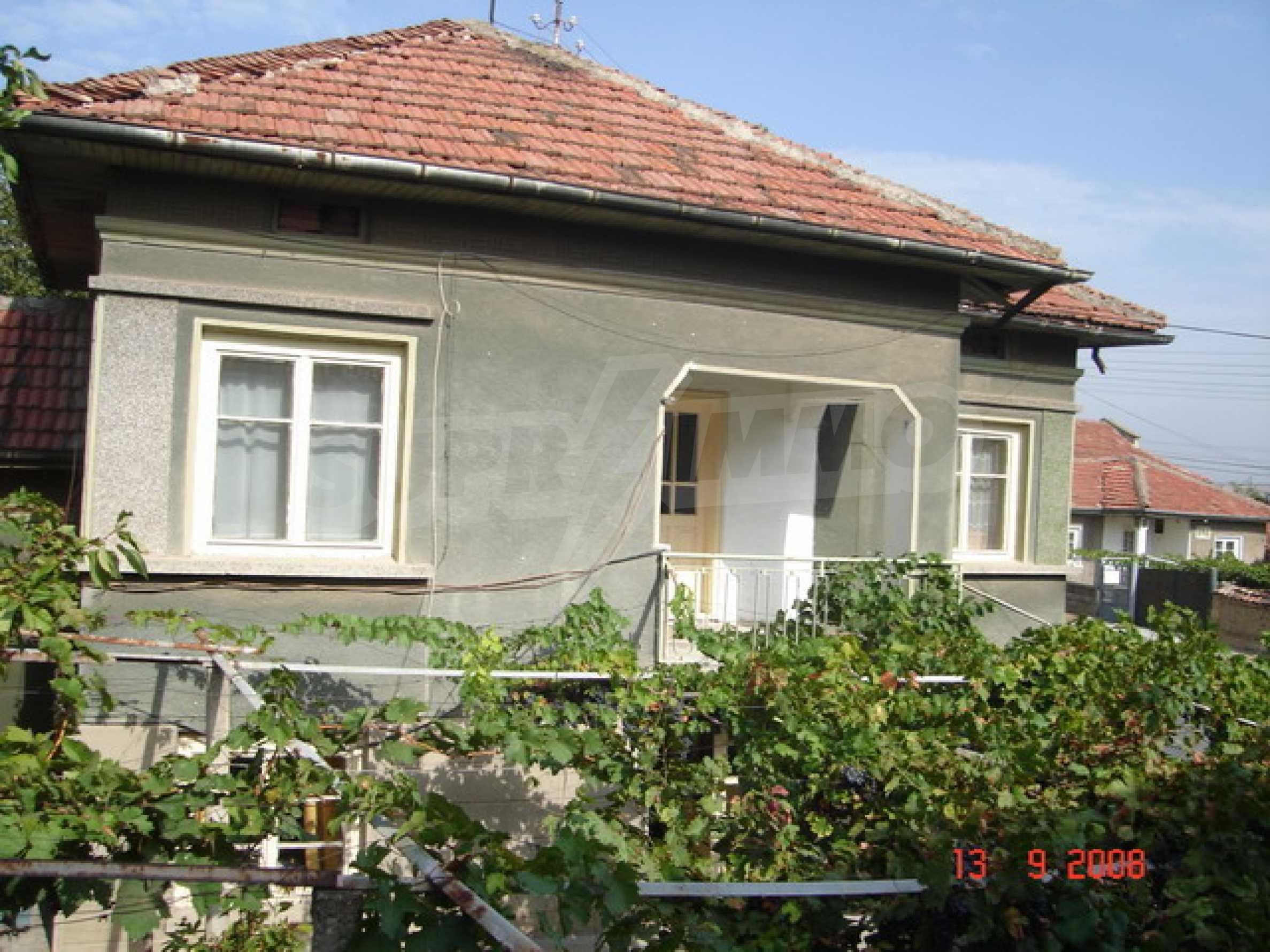 Къща в село близо до река Дунав 2