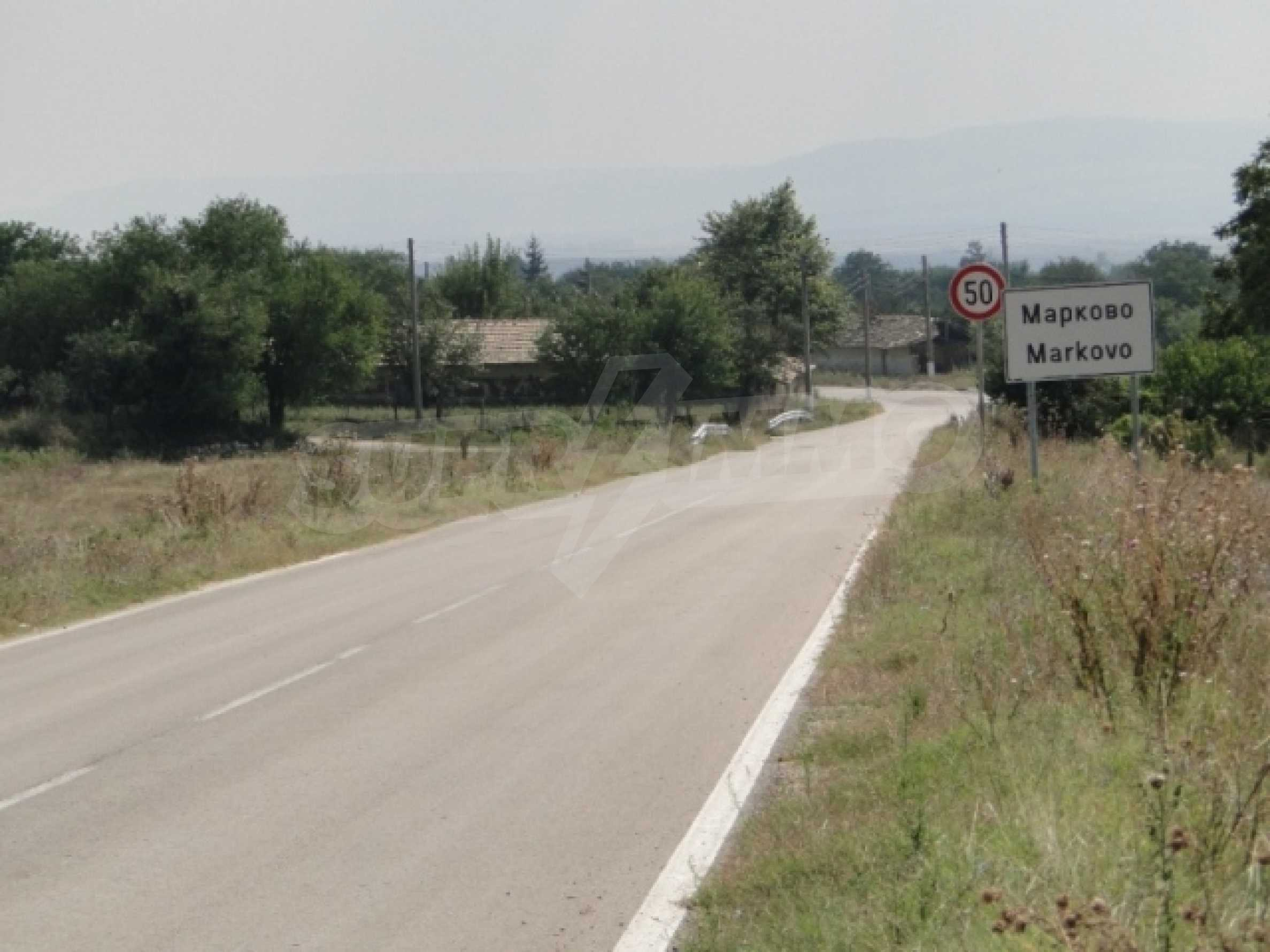 A regulated plot for sale in the village of Markovo 3
