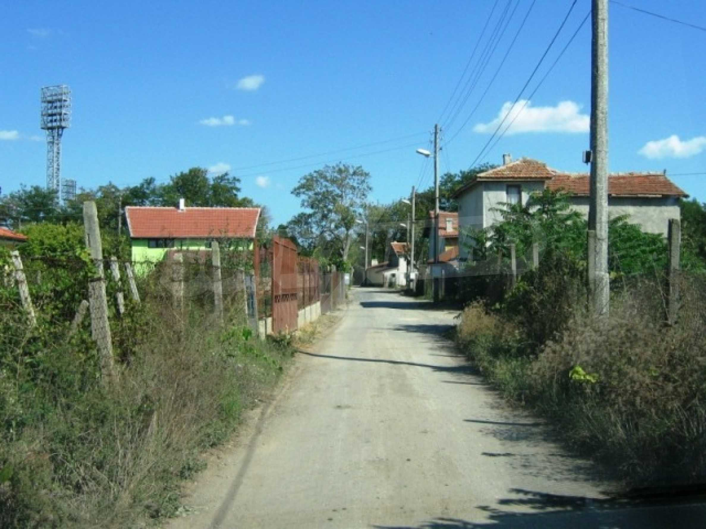 Plot in the town of Kavarna 4