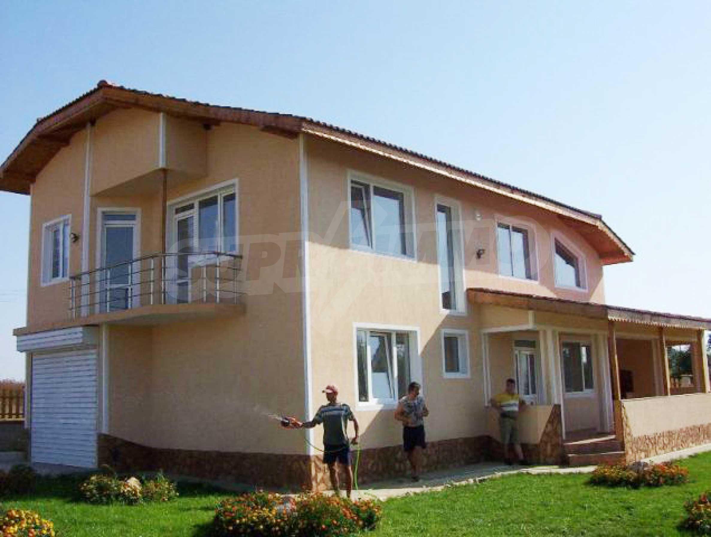 A house in Lyulyakovo 1