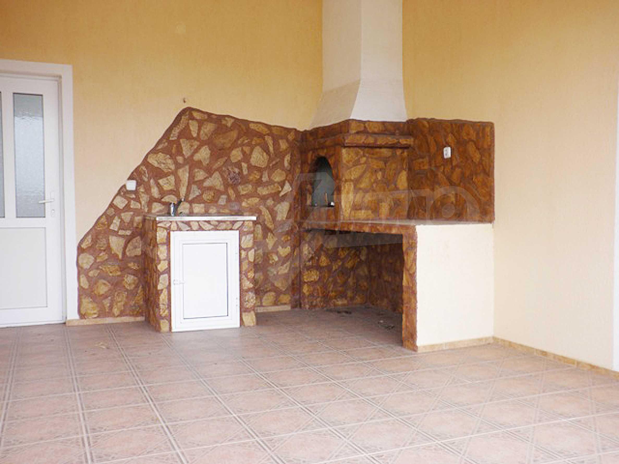 A house in Lyulyakovo 6