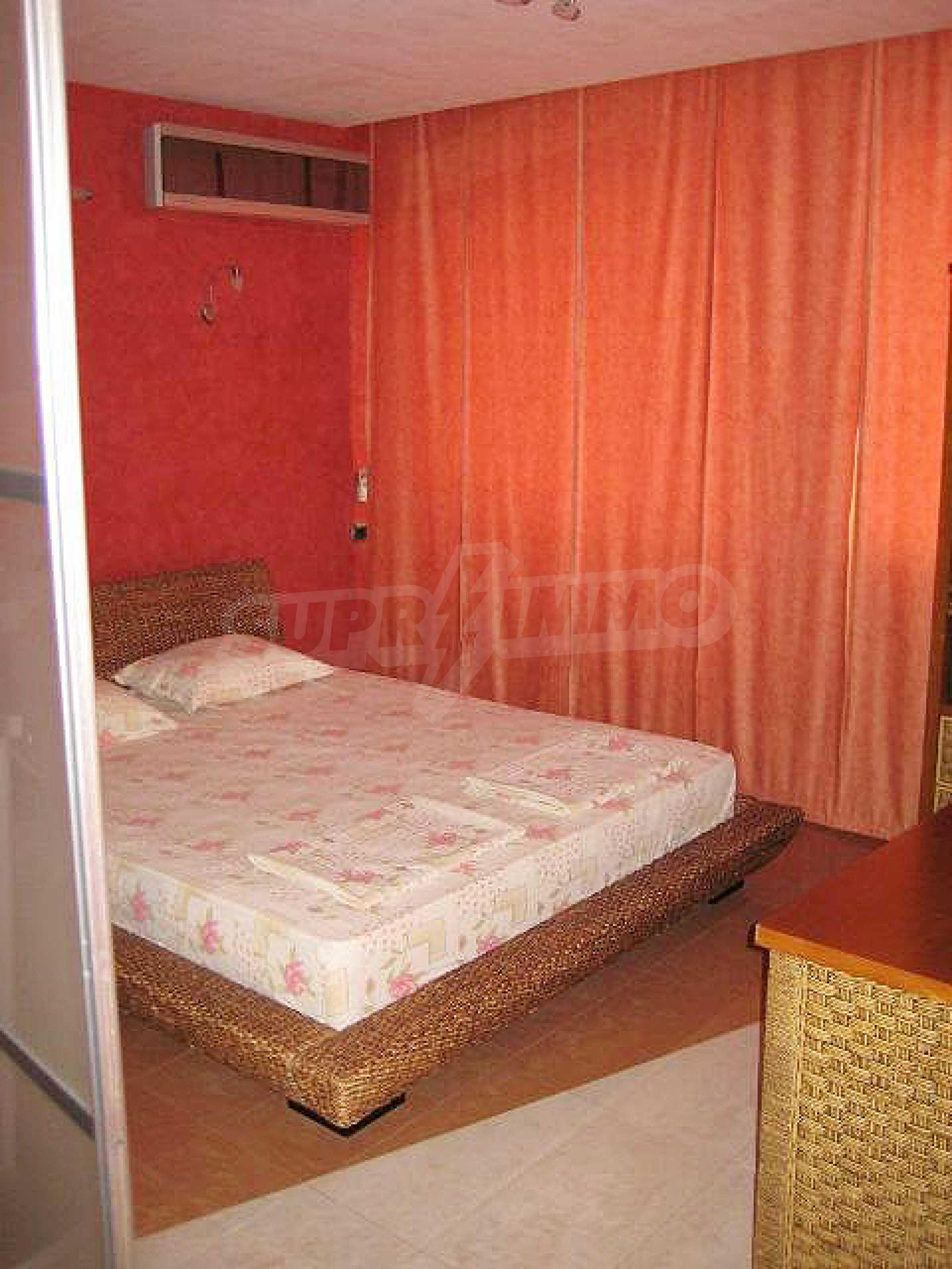 3 bedroom apartment in Golden Sands 8