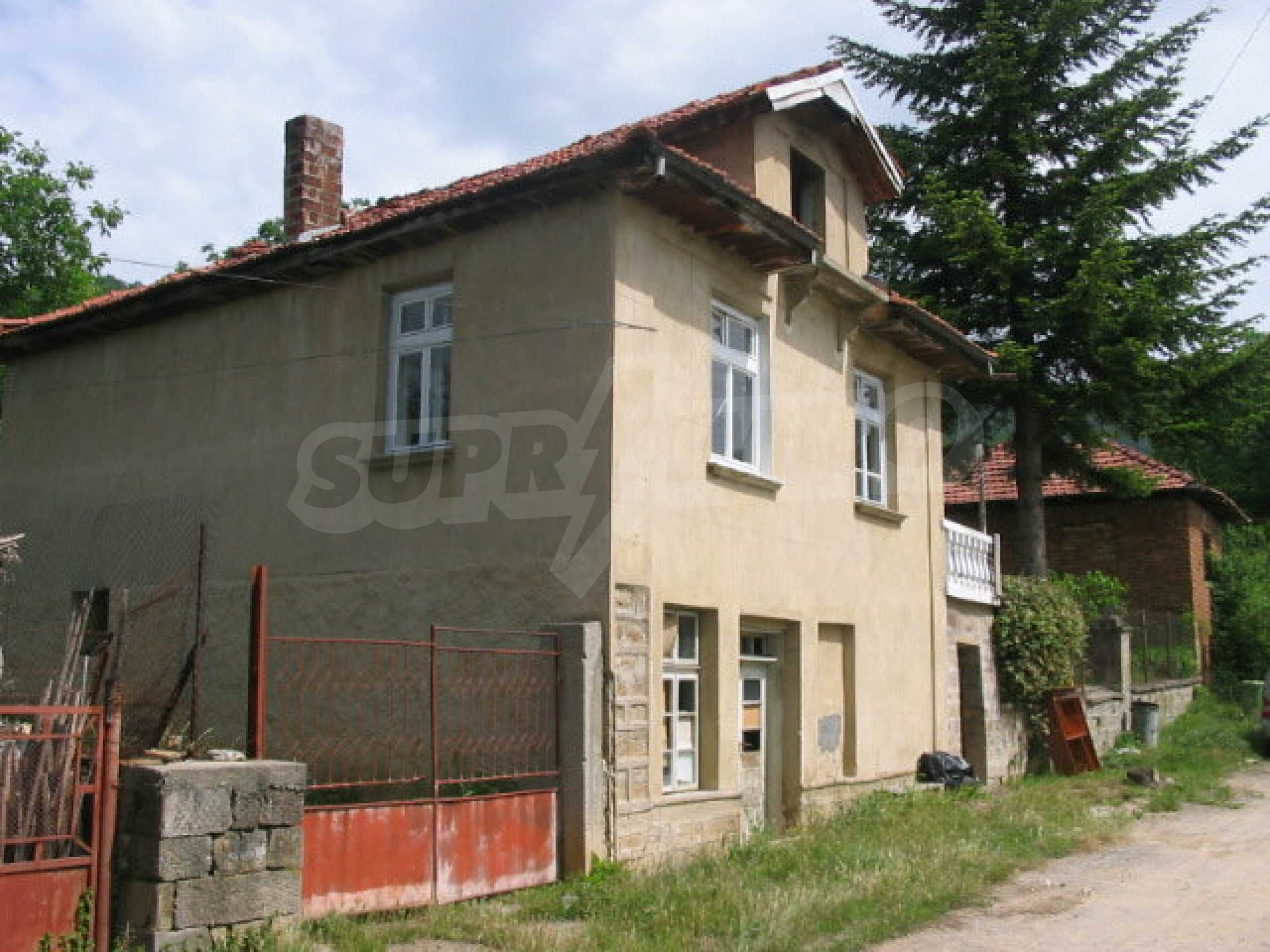 Two-storey house near Lovech 12