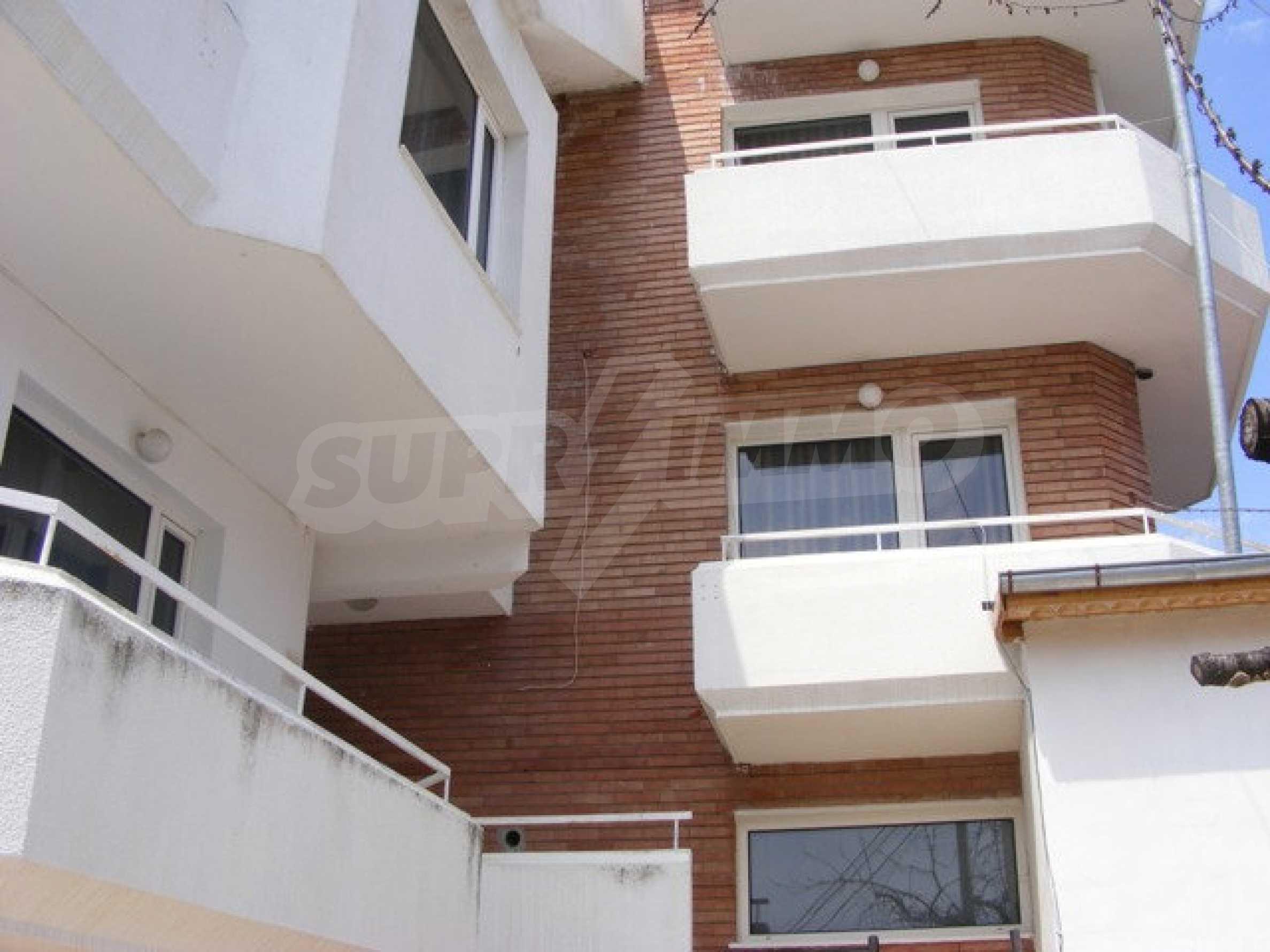 Многоэтажный дом в местности Ален Мак, г. Варна 5